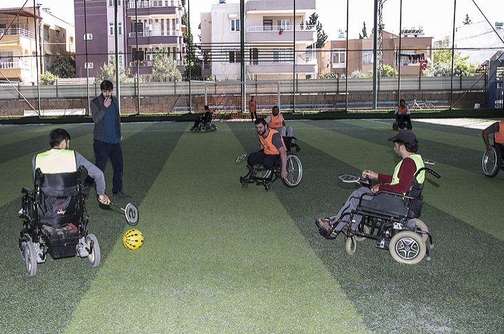 A wheelchair football team of Syrian refugees plays a match in Hatay, southern Turkey, April 24, 2018. (AA Photo)