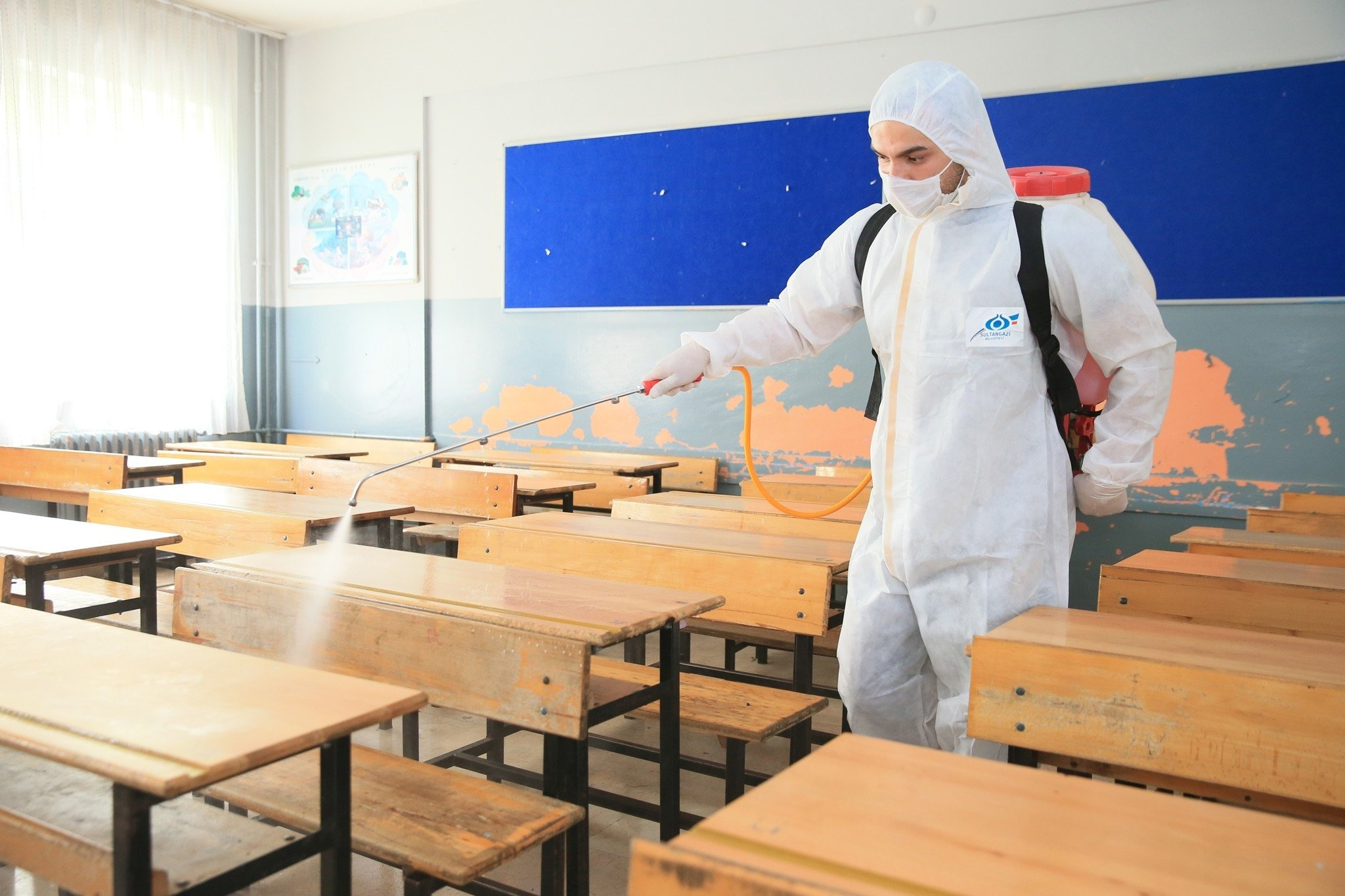 Pandemic trends shape uncertainty for new school year in Turkey thumbnail