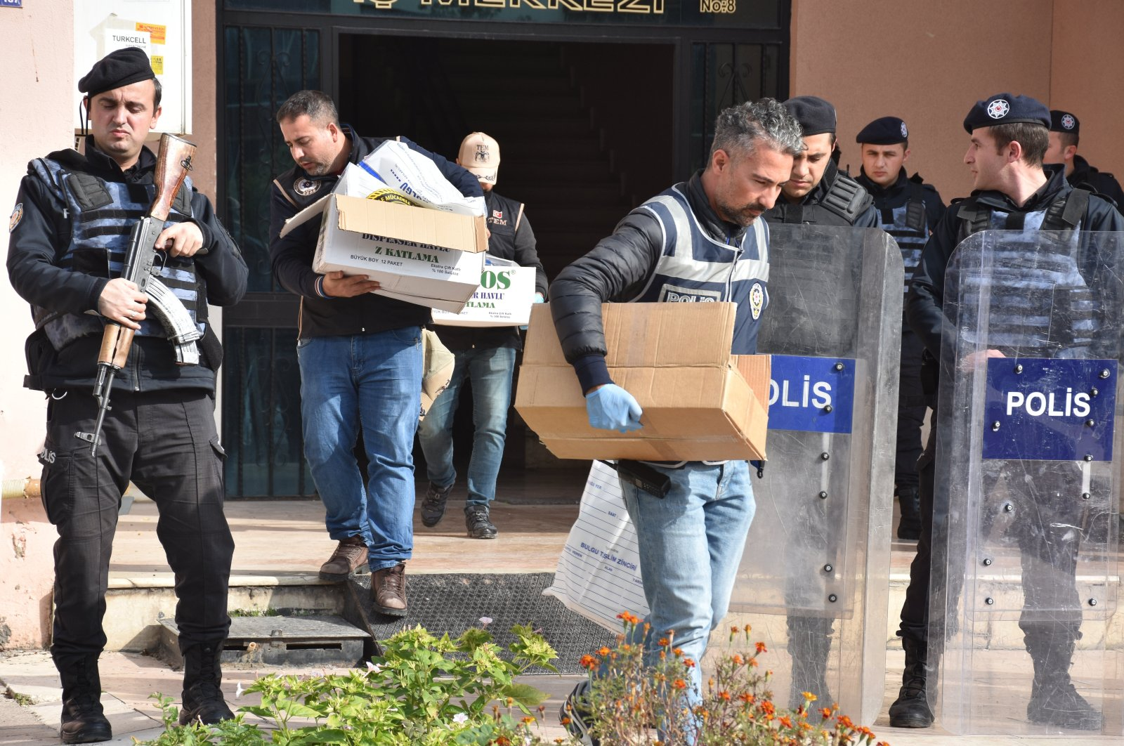 Security forces conduct an operation against the PKK/KCK in Turkey's Gaziantep province, seizing documents and digital material, Nov. 15, 2019 (AA Photo)
