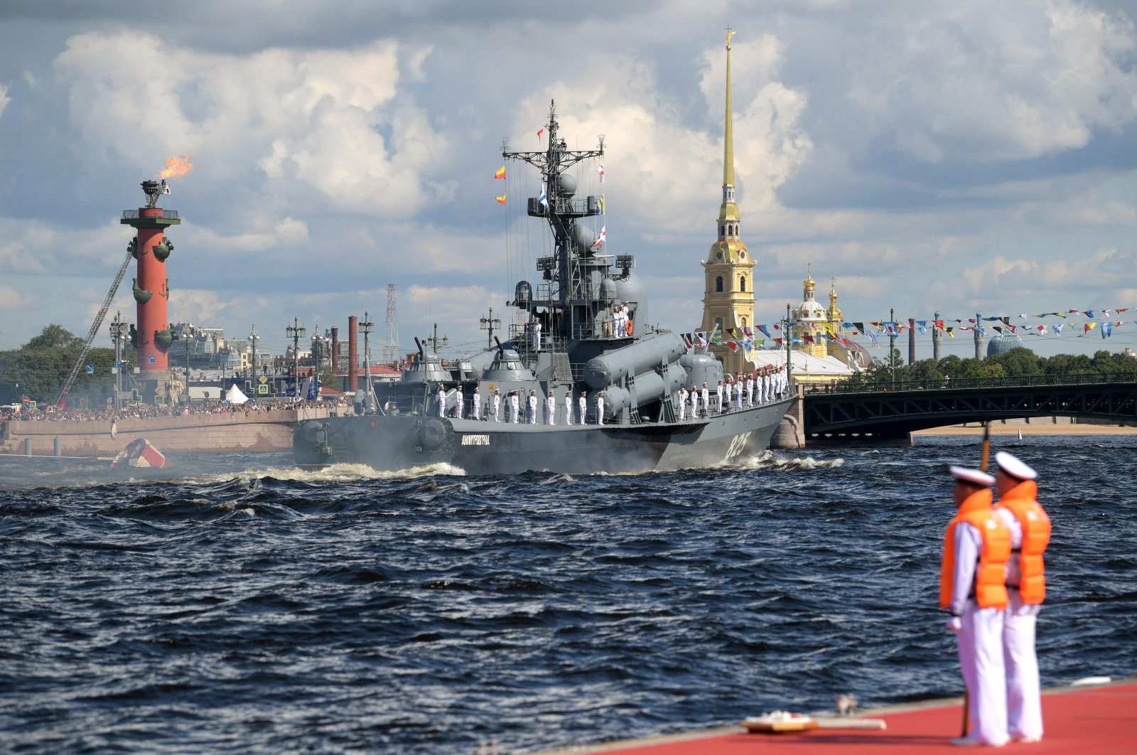 Russian missile corvette Dmitrovgrad sails on the Neva river during the Navy Day parade in St. Petersburg on July 26, 2020. (AFP Photo)