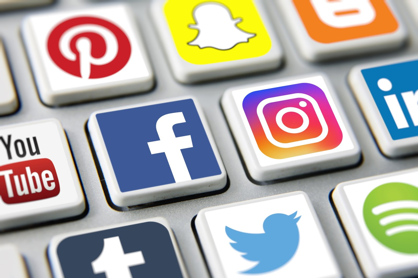 Social media icons are seen on a computer keyboard, London, U.K.,  March 17, 2019. (iStock Photo)