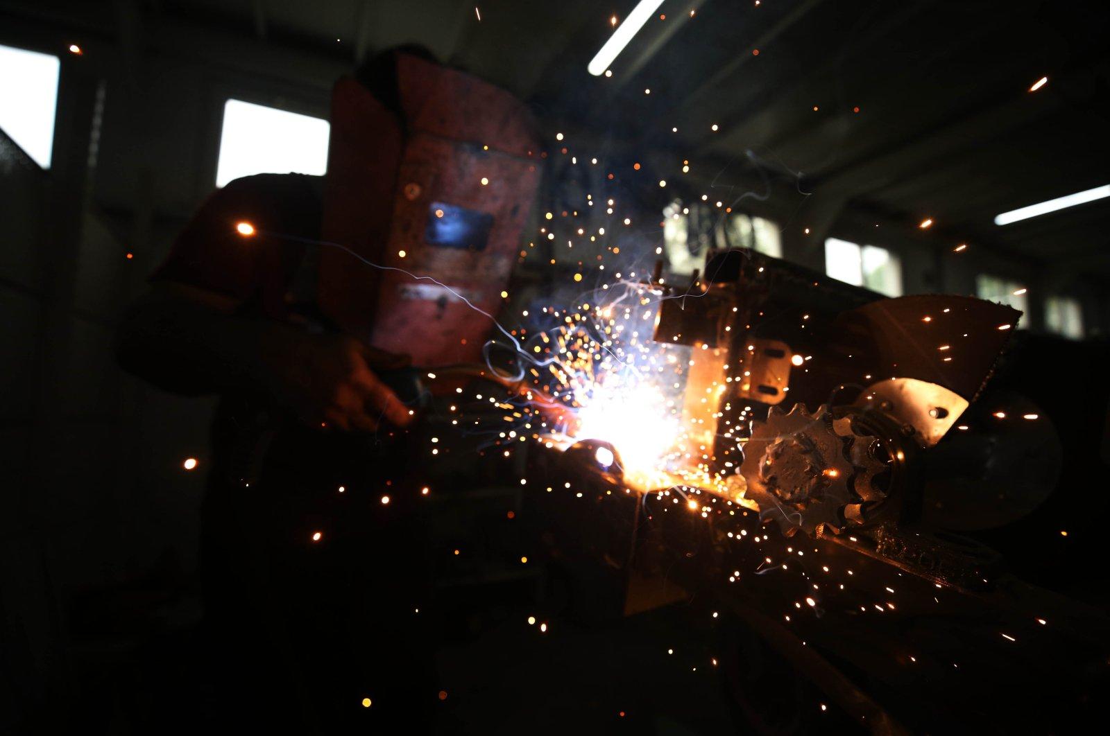 A man works in an atelier in northwestern Düzce province, Turkey, July 16, 2020. (AA Photo)