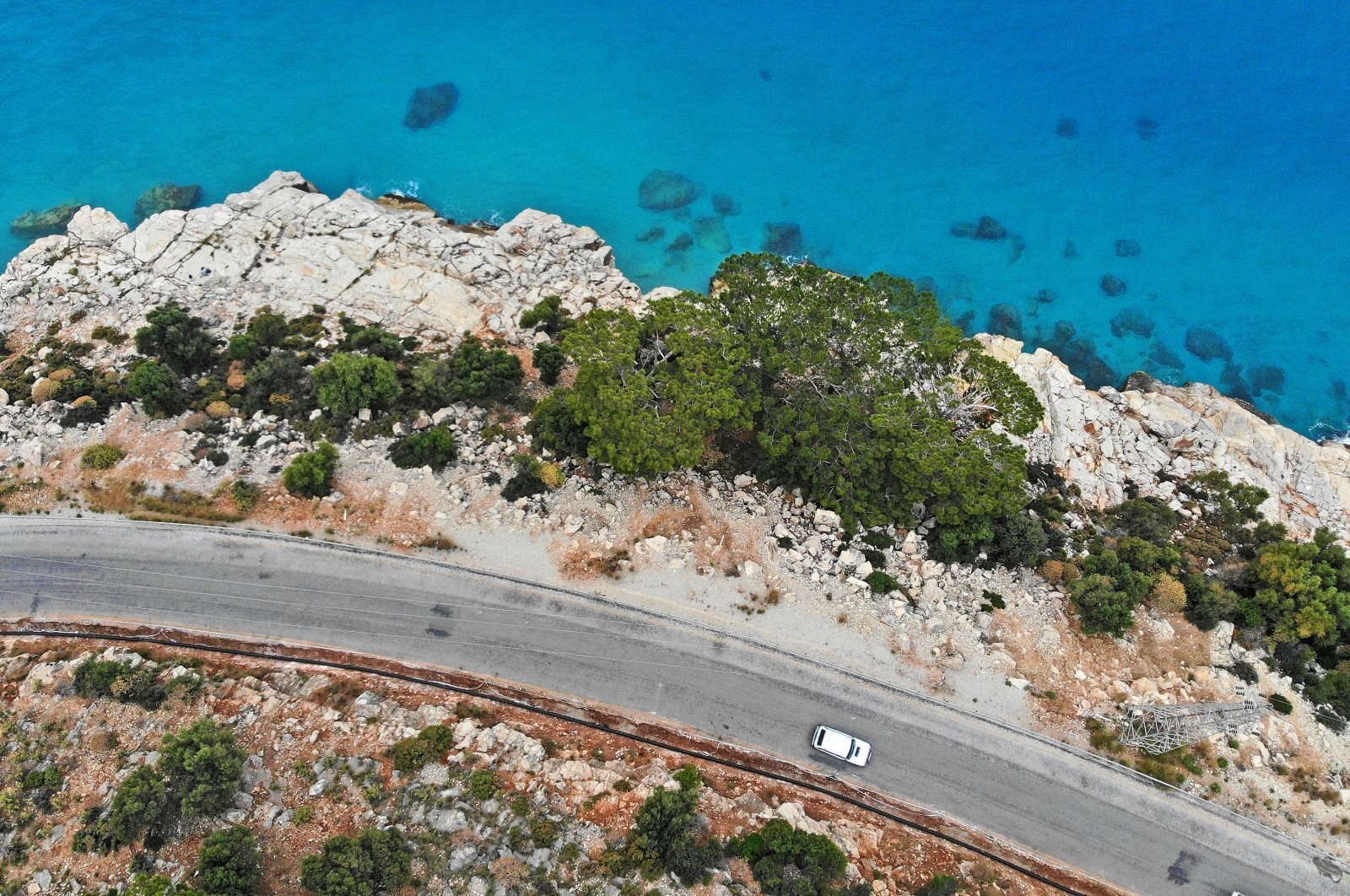 If you are planning to spend your bayram holiday in the Mediterranean or Aegean, try to take the roads less traveled to avoid crowds. (iStock Photo)