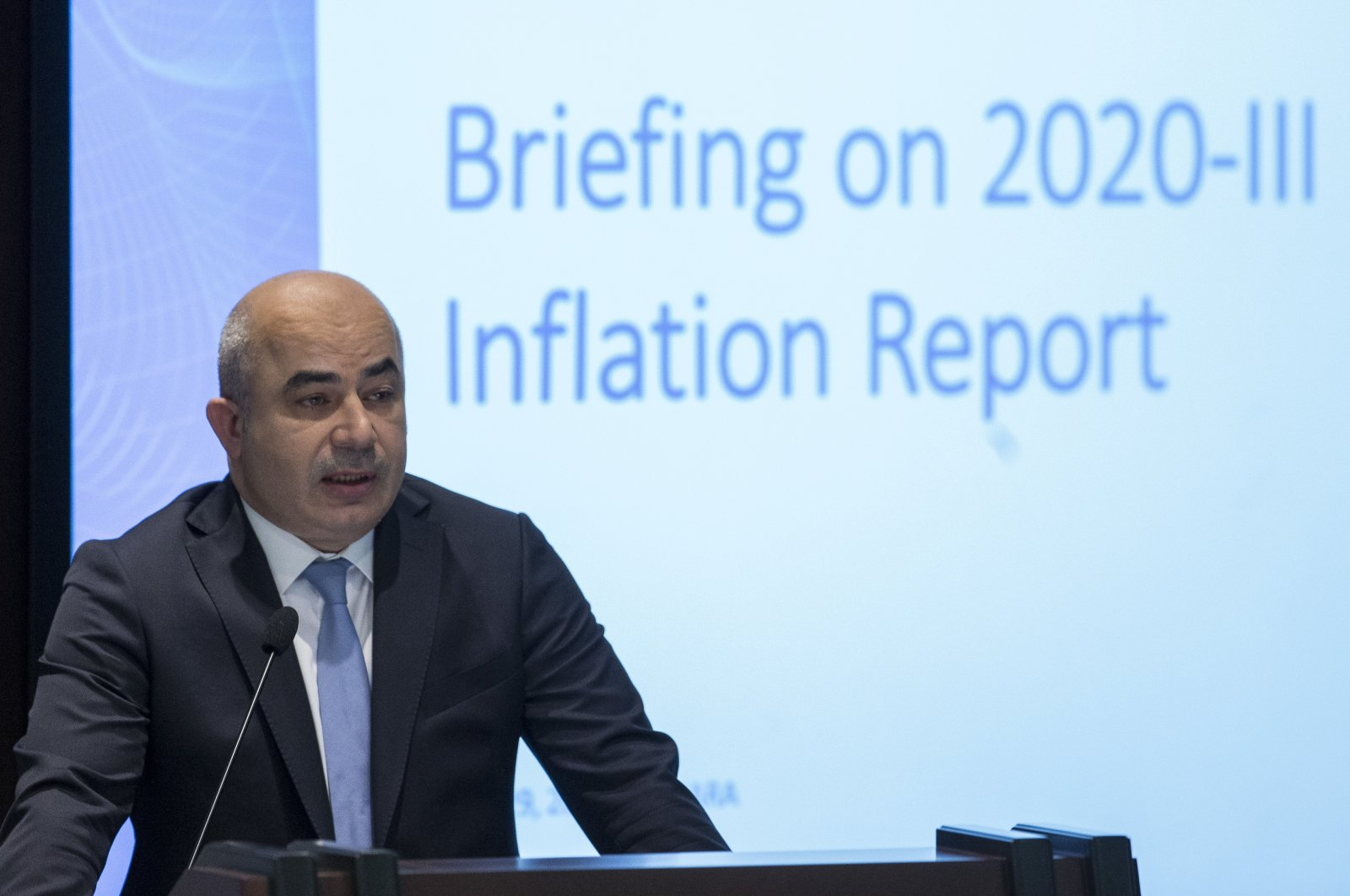 Murat Uysal, governor of the Central Bank of the Republic of Turkey (CBRT), presents the third quarterly inflation report of 2020, Ankara, Turkey, July 29, 2020. (AA Photo)