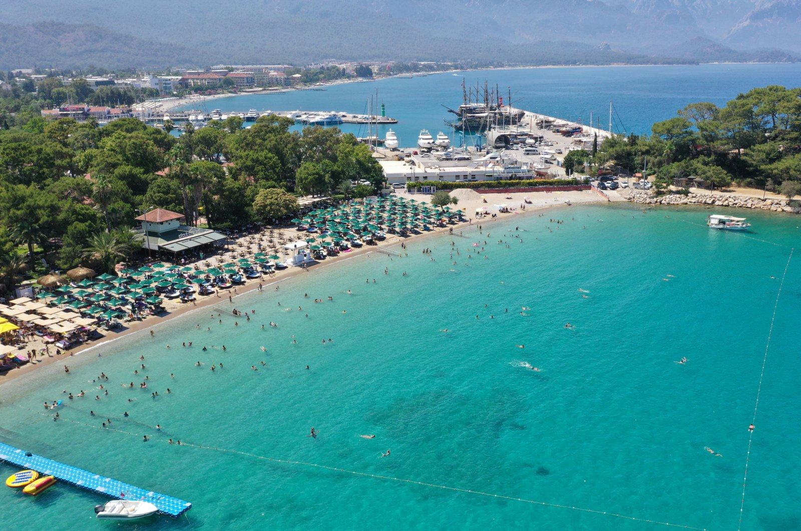 A tourism facility in the Kemer district of southern Turkey's Antalya province, July 30, 2020. (DHA Photo)