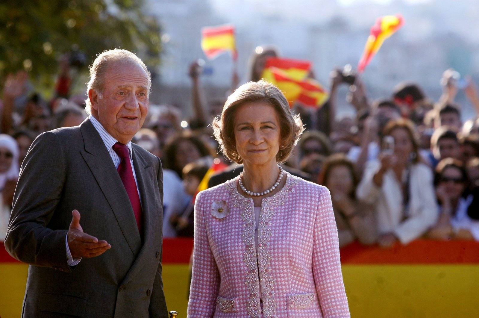 Former Spanish King Juan Carlos I and Queen Sofia visit Ceuta, Spain, Nov. 5, 2007. (AFP Photo)