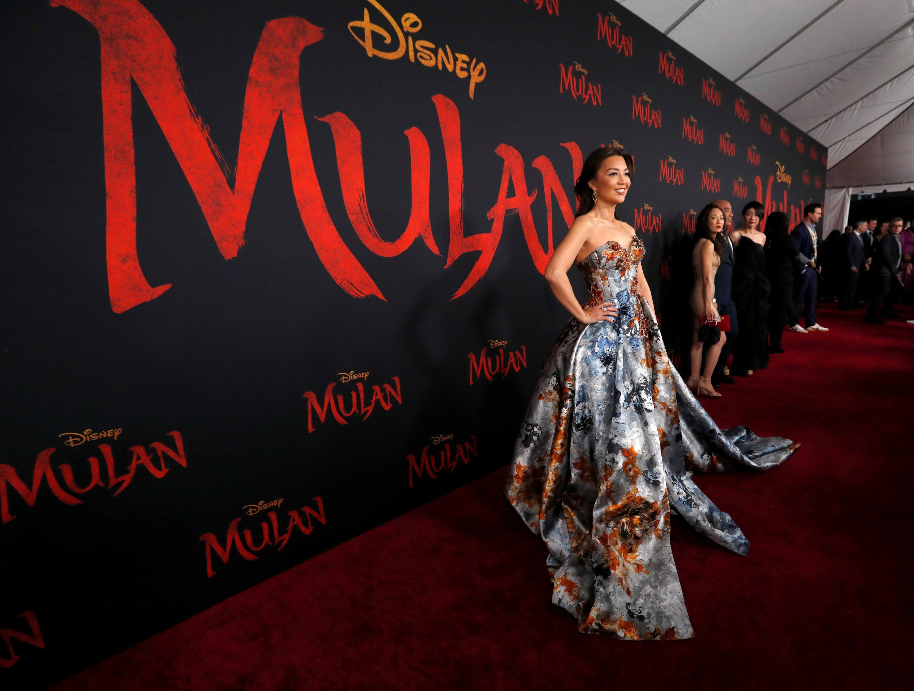 Film Mulan - Mulan On Disney Biggest Changes From The ...