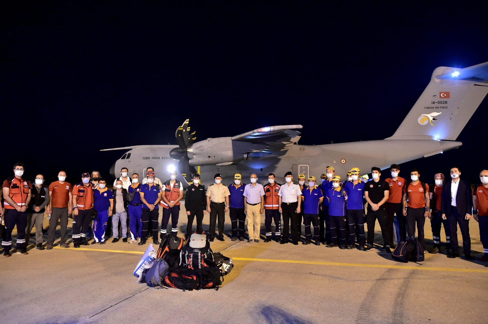 Turkish military plane carrying aid and rescue and medical teams arrives in Beirut airport on Aug. 6, 2020. (AA Photo)