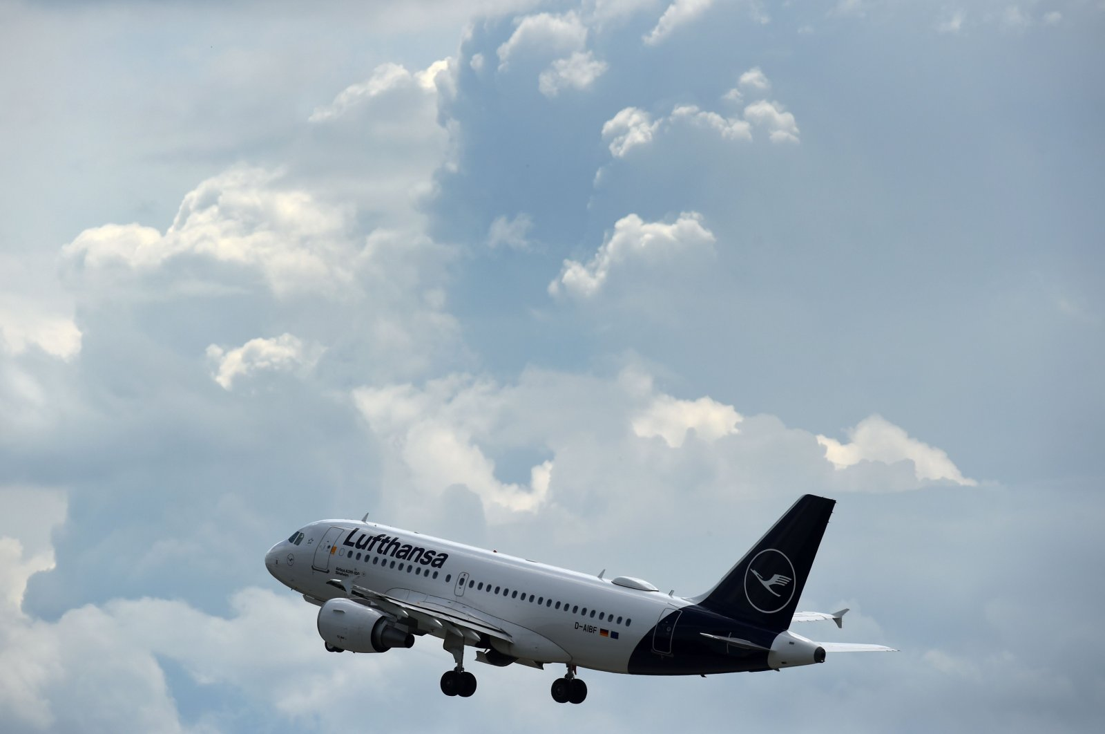 An aircraft of the German airline Lufthansa departs from Munich International Airport in Munich, Germany, June 25, 2020. (AFP Photo)