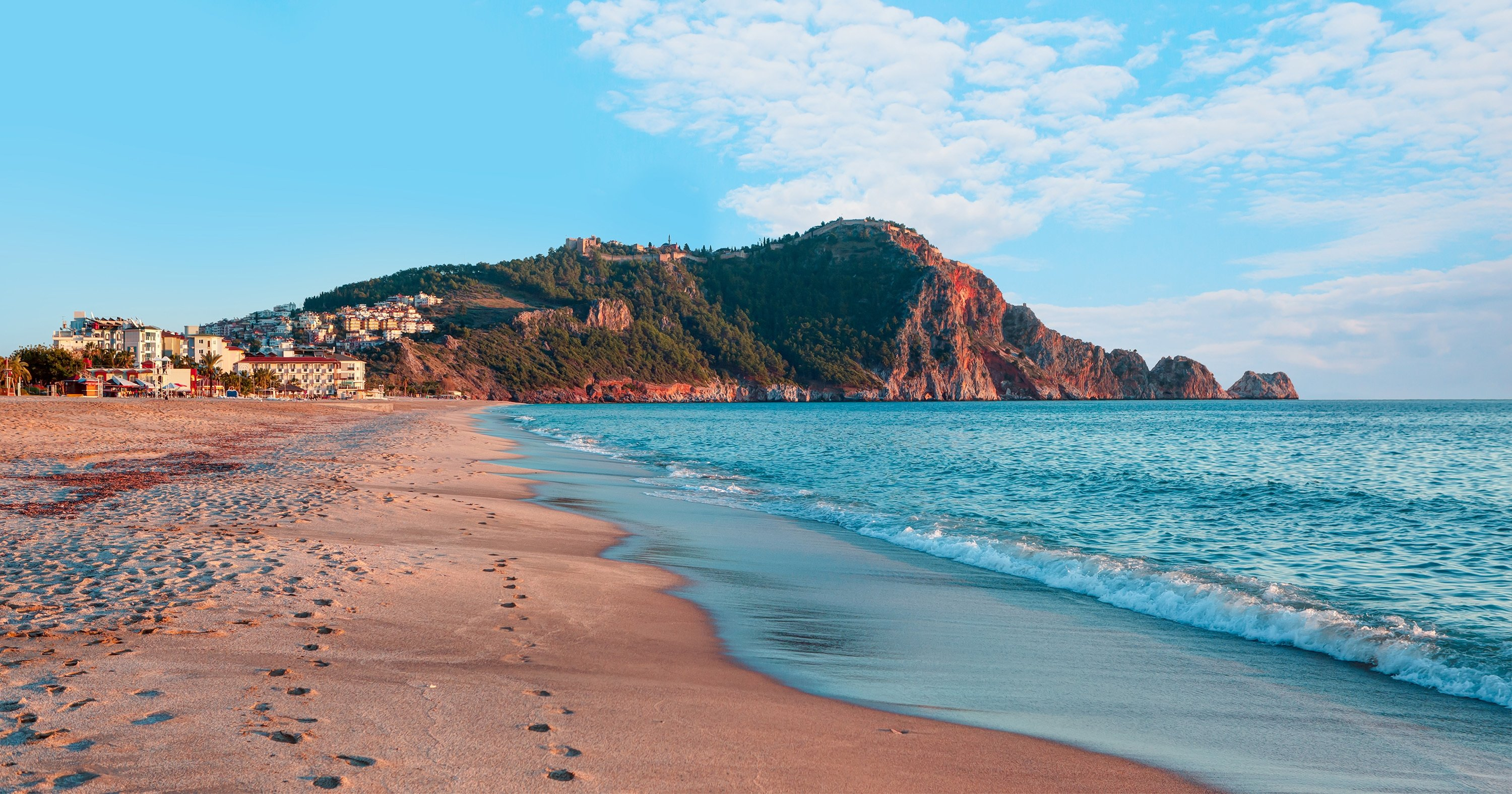 The golden sands of Cleopatra Beach are unique in that it doesn't stick to the skin of sunbathers. (Shutterstock Photo)