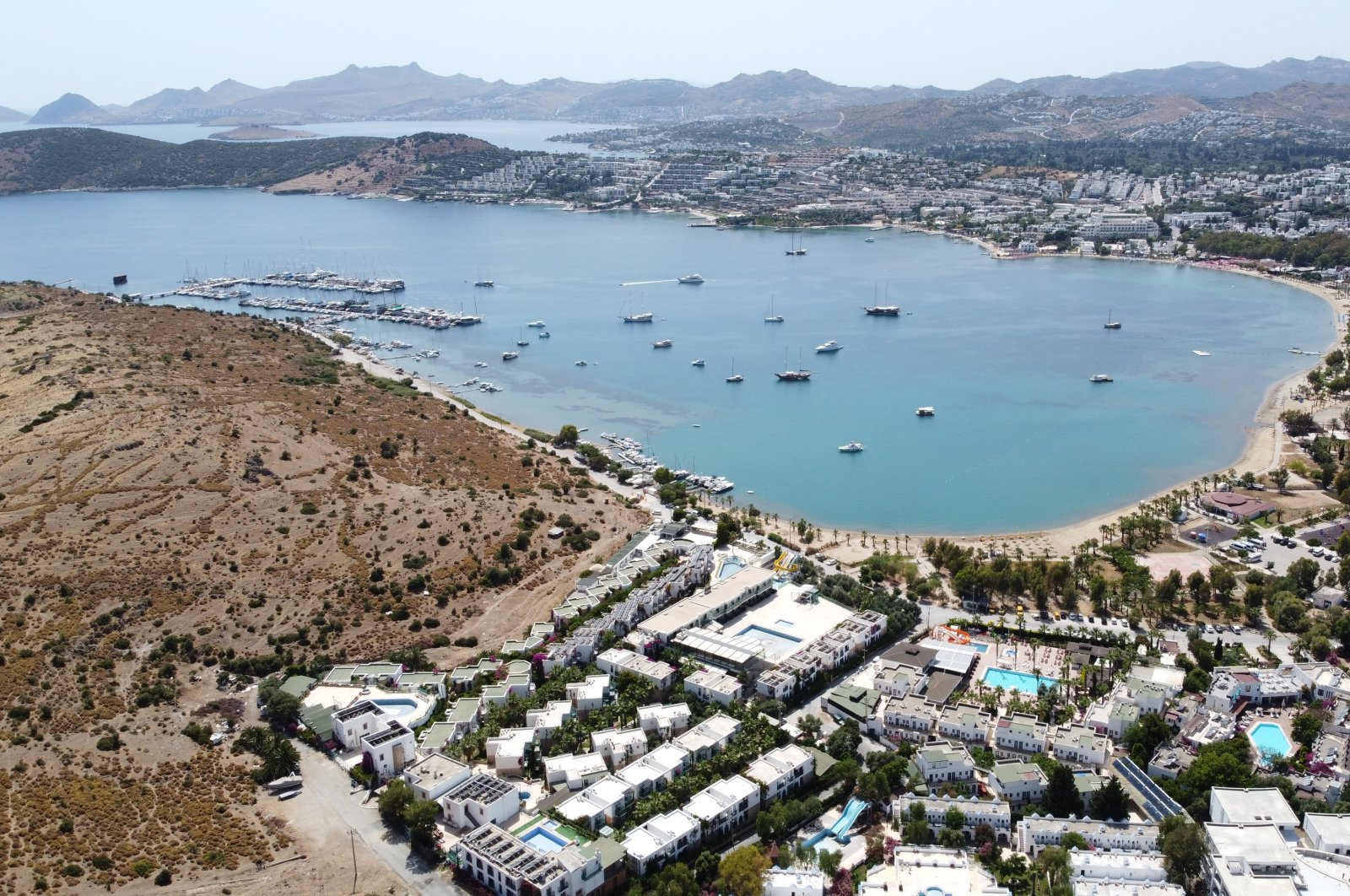 Berlin's lifting of a travel ban to several Turkish resort towns boosted the morale of tourism representatives in southern Antalya and Muğla provinces. (AA Photo)