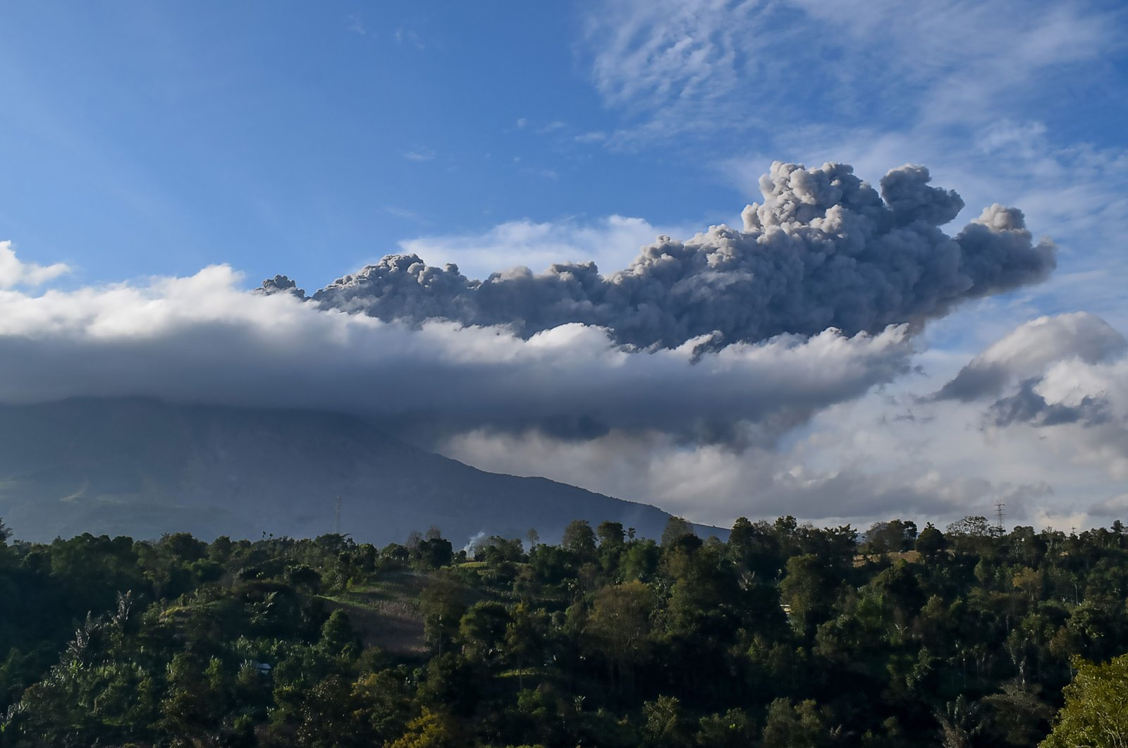 Sinabung volcano spews ash during its second eruption toward dusk as seen from Karo district, North Sumatra, Aug. 8, 2020. (AFP Photo)