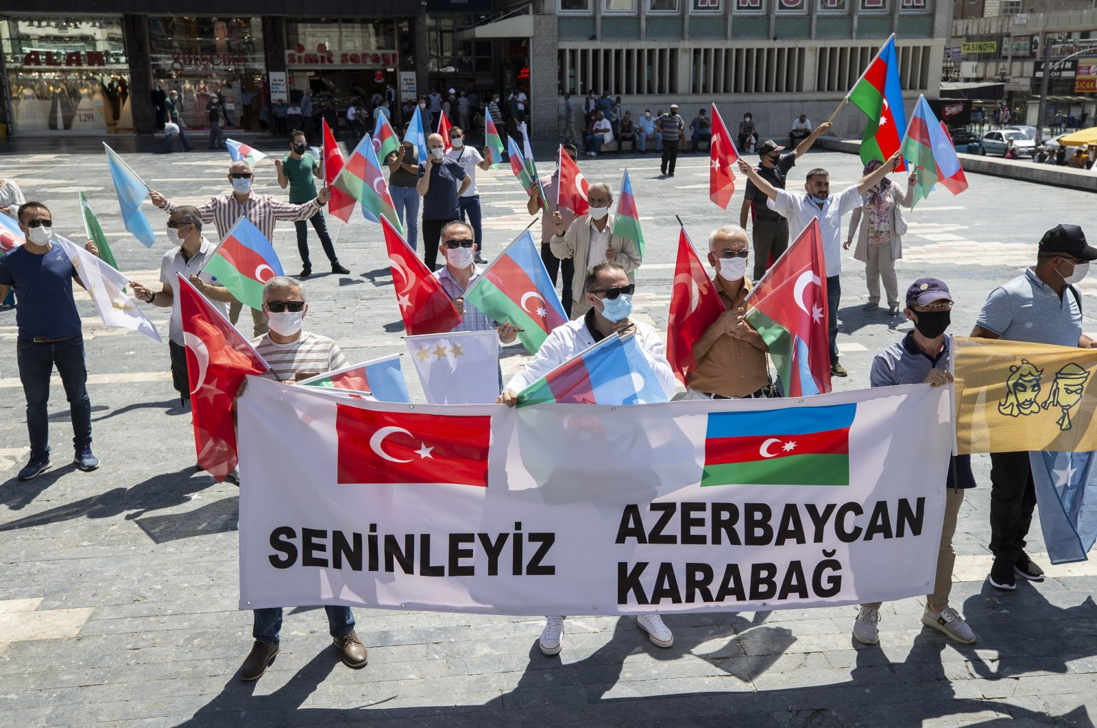 People demonstrate their support for Azerbaijan against the recent Armenian attacks, in Turkish capital Ankara, Aug. 8, 2020. (AA Photo)
