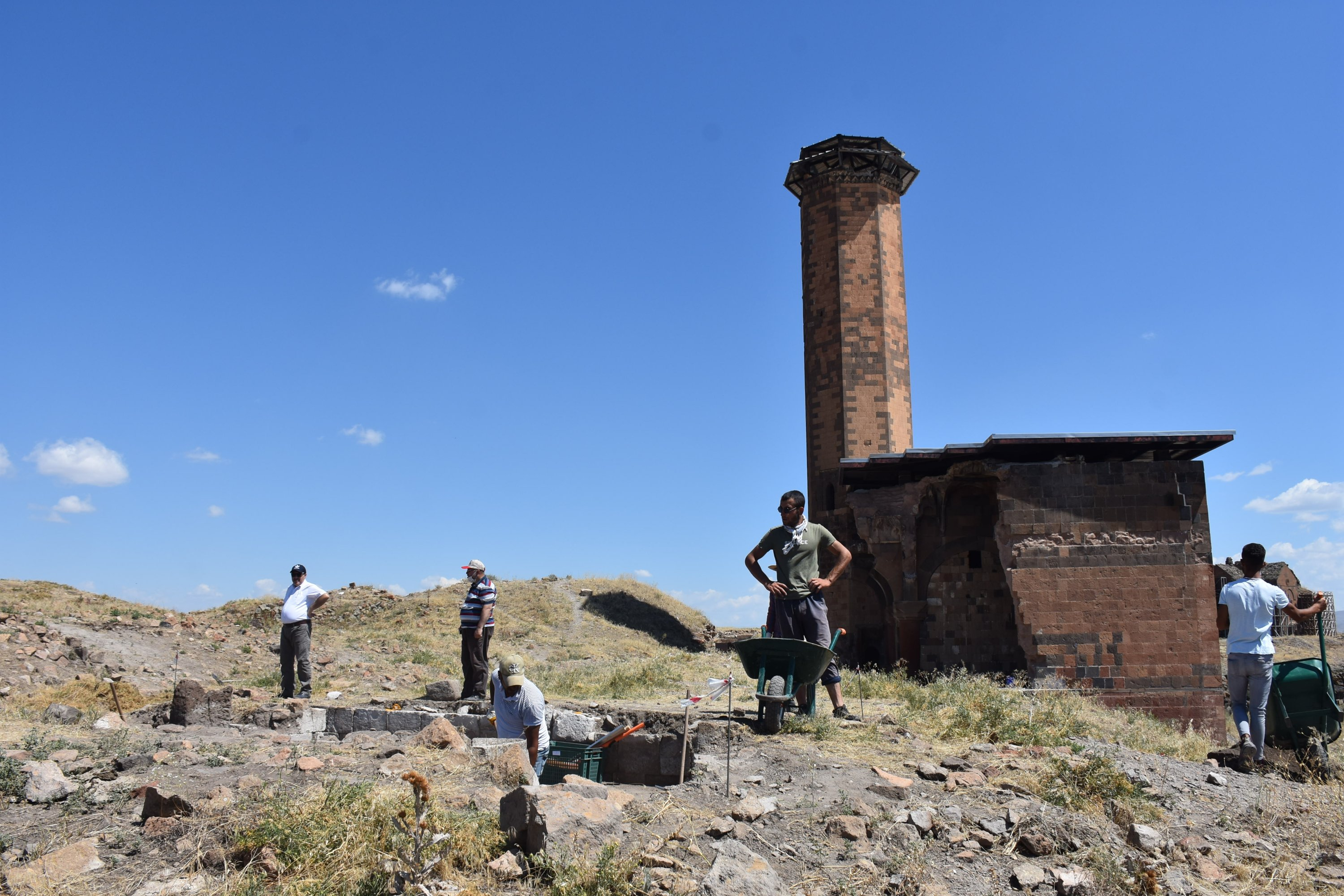 The excavation site around Ebu'l Manuçehr Mosque, Kars, eastern Turkey, Aug. 10, 2020. (AA PHOTO)