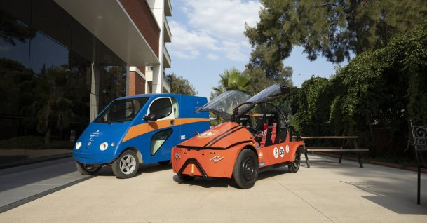 Izmir University of Economics and Tekno CTP started works to produce electric light cargo vehicle. (AA Photo)