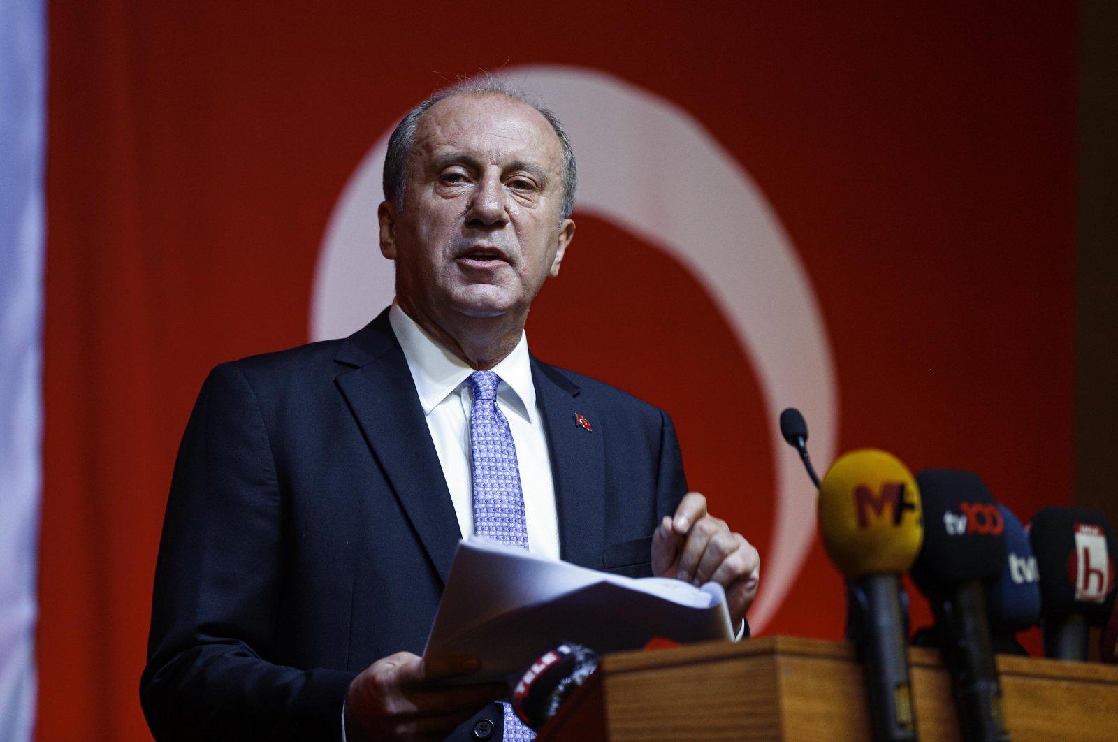 Muharrem İnce announces his new political movement during a press conference in Ankara, Aug.13, 2020. (DHA)