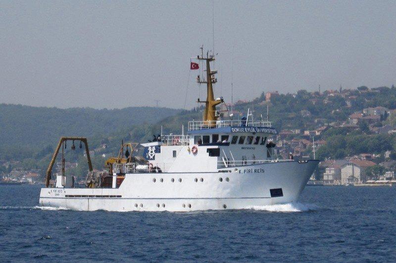 Seismic research vessel Koca Piri Reis is seen near Urla Port in the western province of Izmir, Turkey, May 21, 2012. (IHA Photo)