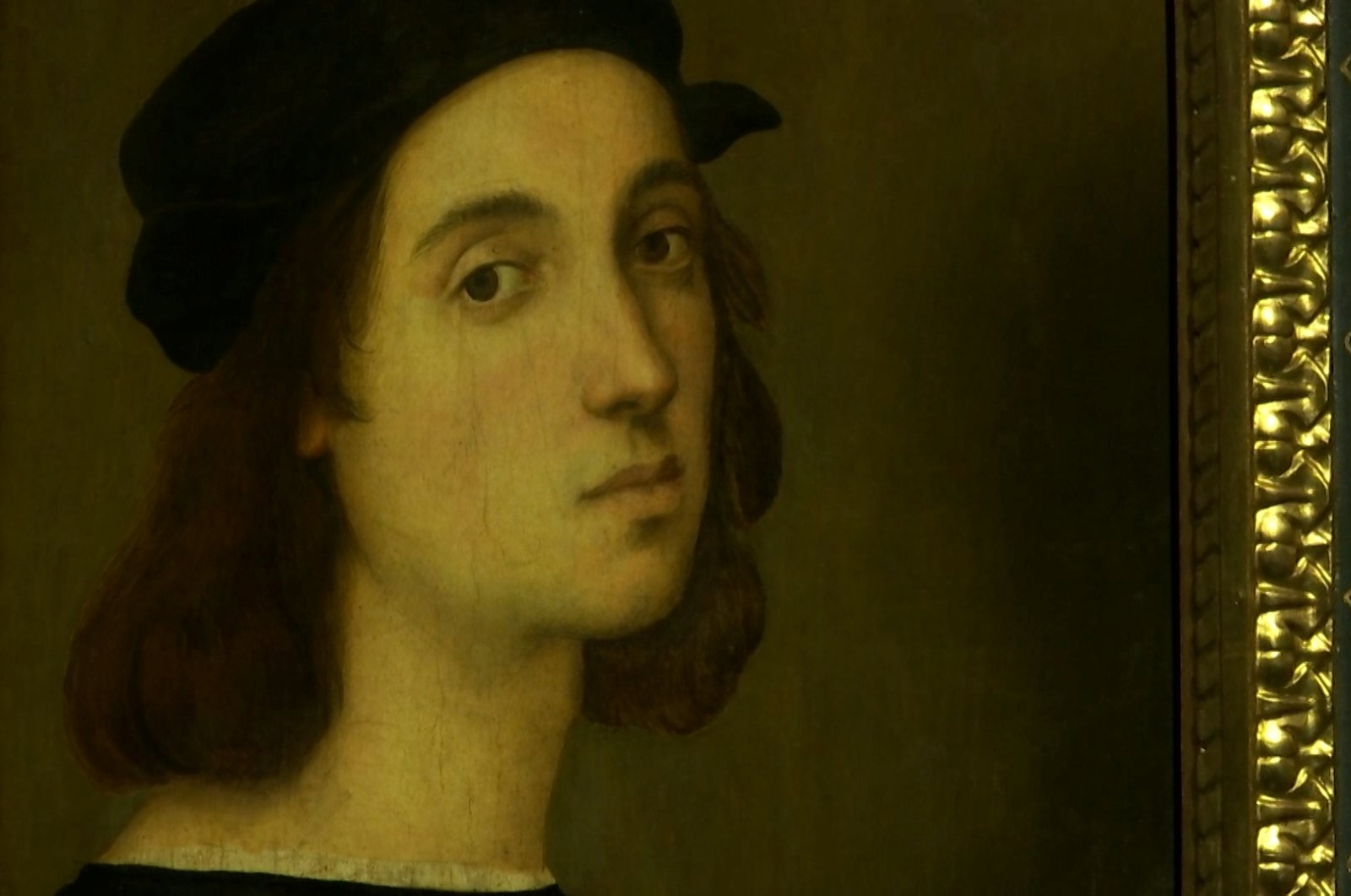 A self portrait by Renaissance master Raphael is seen during the unveiling of a blockbuster exhibition commemorating the 500th anniversary of his death, in this screengrab taken from a video, at the Scuderie del Quirinale in Rome, Italy March 4, 2020. (Reuters Photo)