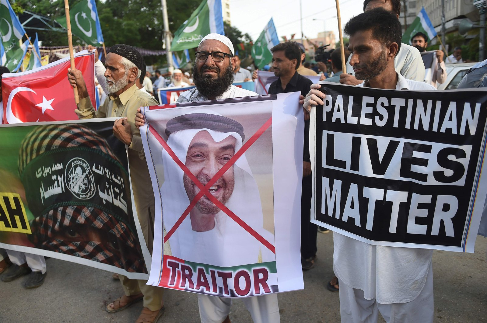 Activists of Jamaat-e-Islami (JI) Pakistan take part in a protest rally against theagreement between Israel and the United Arab Emirates to normalize diplomatic relations, in Karachi, Pakistan, Aug. 16, 2020. (AFP Photo)