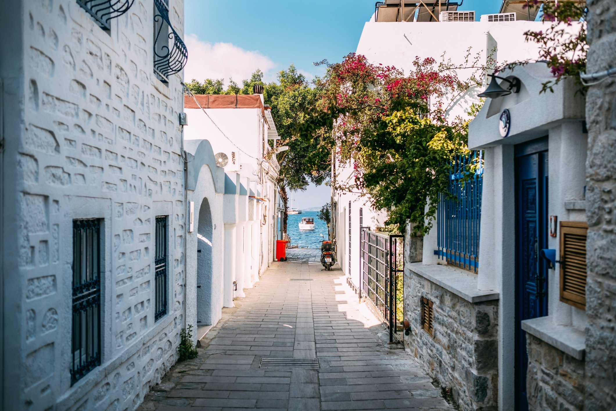 Whether you are looking for a permanent residence or a holiday home, Turkey is a great place to invest for foreigners. (iStock Photo)