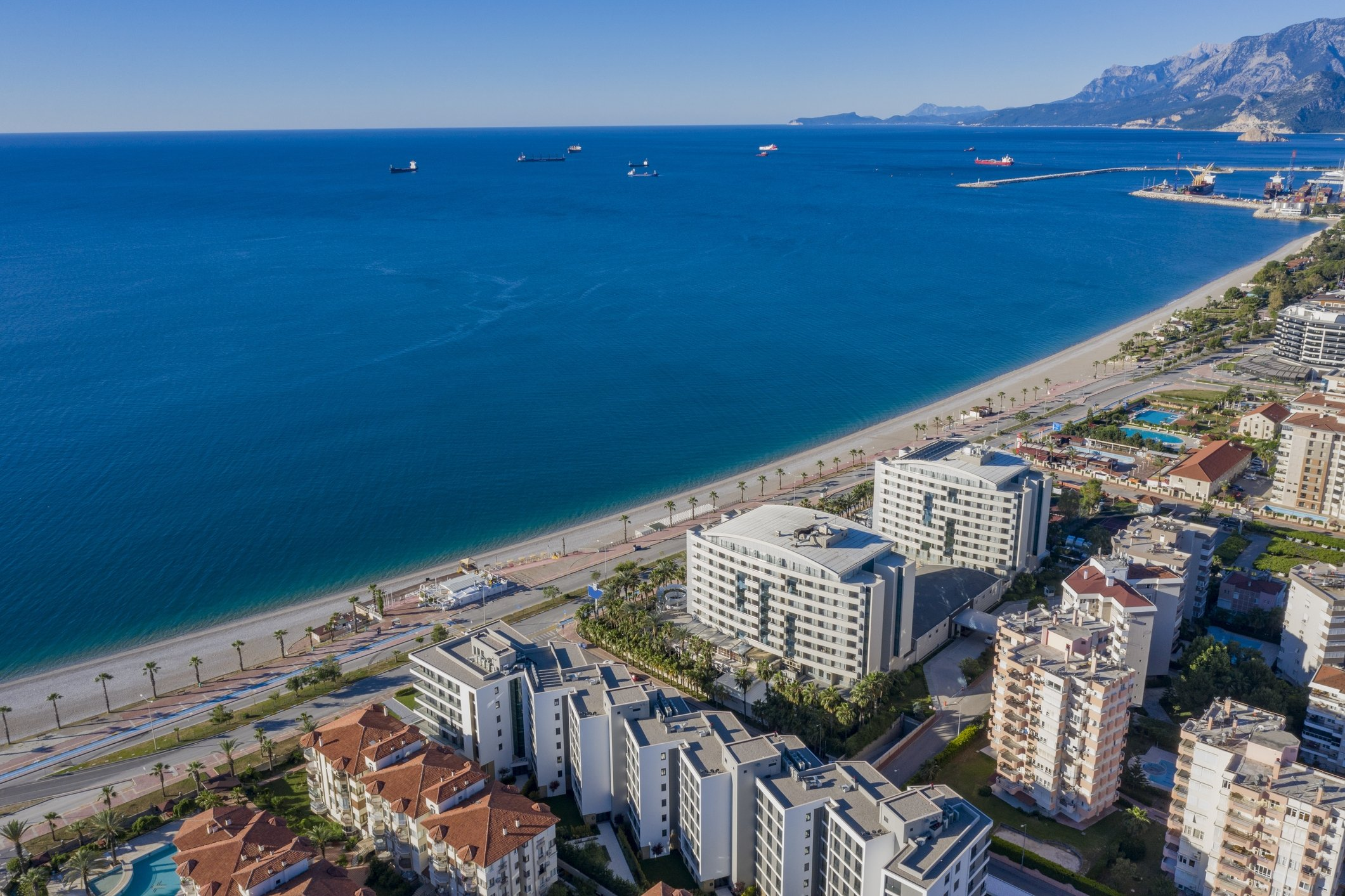 From village houses and villas to apartments, foreigners can buy any property they want in Turkey within legal restrictions. (iStock Photo)