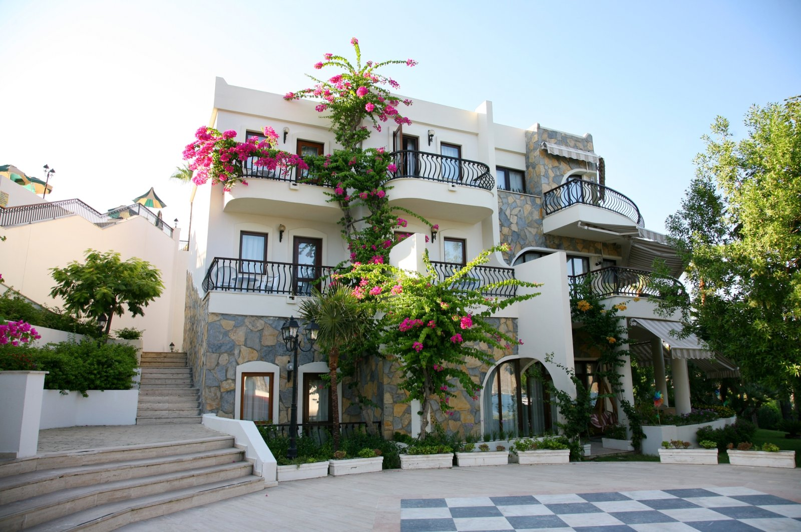 Foreigners looking for holiday homes often prefer luxury villas, such as the one pictured here in Bodrum, southwestern Turkey, Aug. 10, 2013. (iStock Photo)