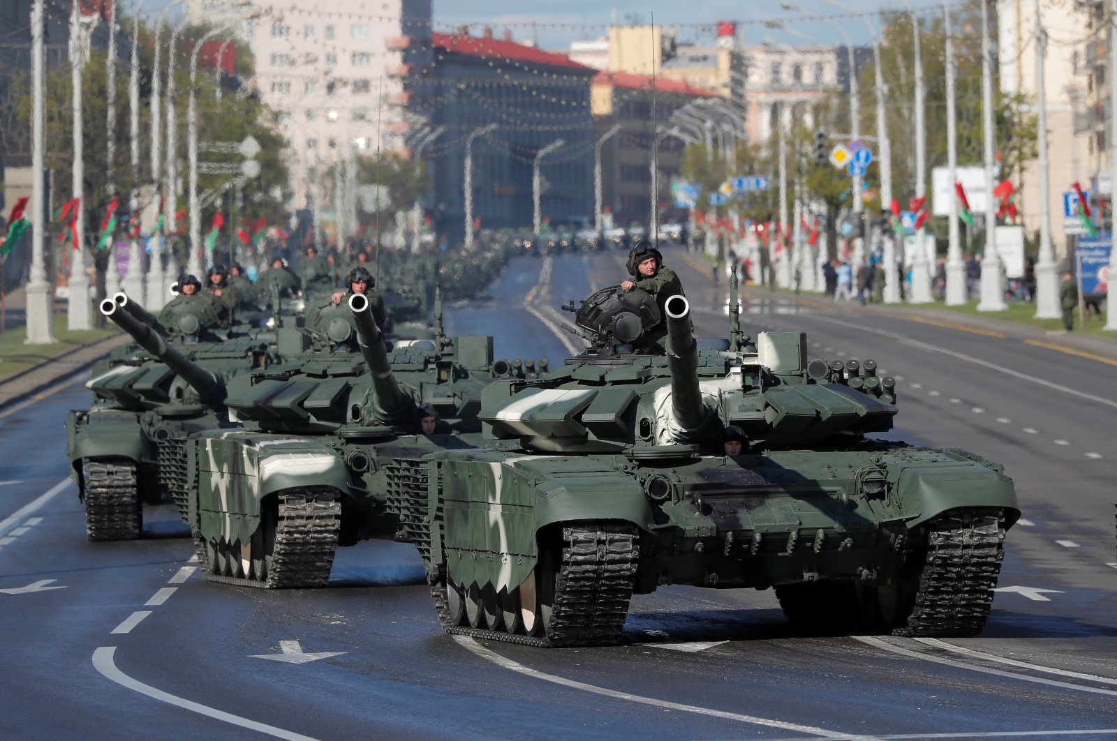 Belarusian servicemen drive tanks along the street before a rehearsal for the Victory Day parade, which marks the anniversary of the victory over Nazi Germany in World War Two, amid the coronavirus disease (COVID-19) outbreak in Minsk, Belarus May 8, 2020. (Reuters Photo)