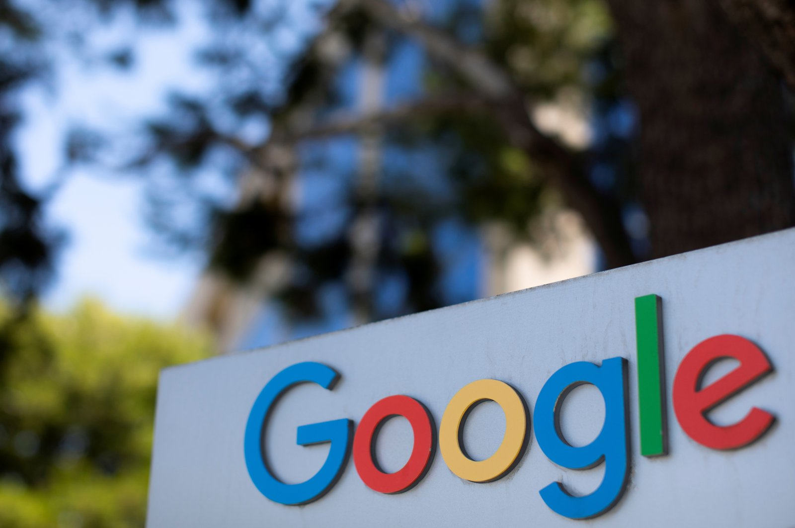 A Google logo is shown at one of the company's office complexes in Irvine, California, U.S., July 27, 2020. (REUTERS Photo)