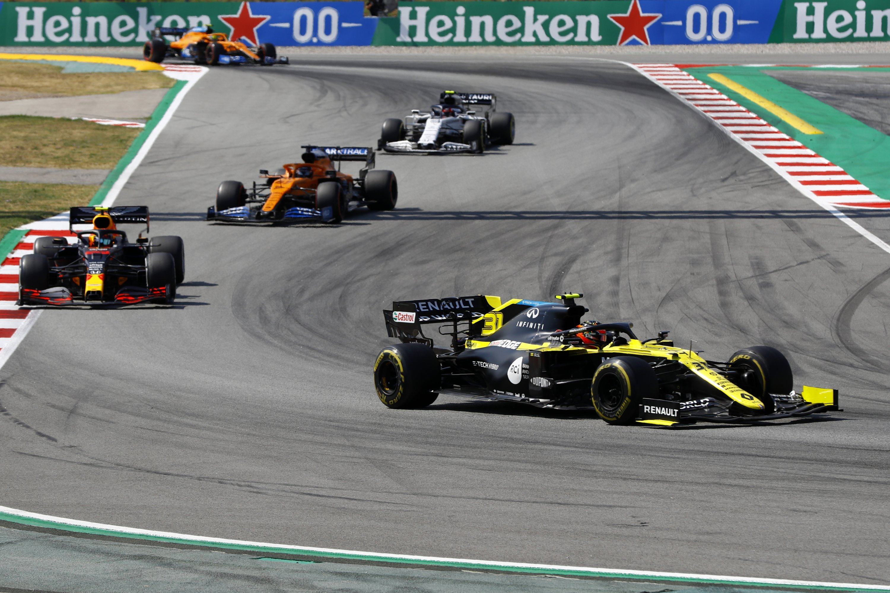 All Formula 1 Teams Commit Through 2025 With New Agreement Daily Sabah