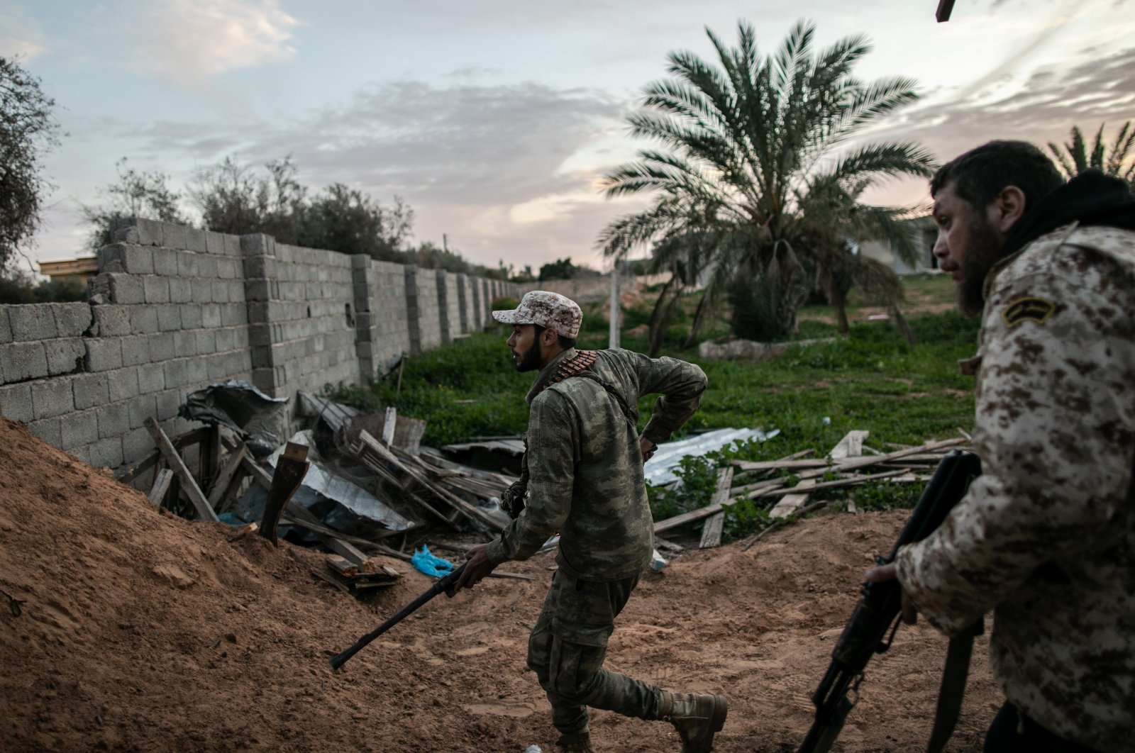 Fighters of the U.N.-backed National Agreement Government (GNA) during clashes with the eastern-based army on the Sawani front line in Tripoli, Libya, 12 Feb. 2020. (Reuters File Photo)