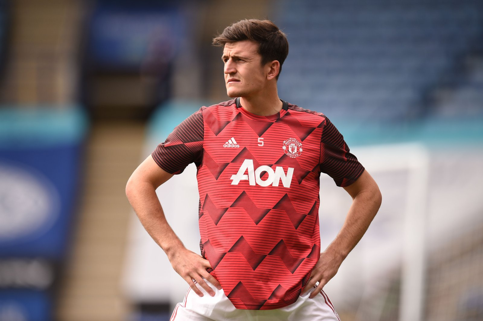Manchester United's Harry Maguire warms up before a Premier League match against Leicester City in Leicester, England, July 26, 2020. (AFP Photo)