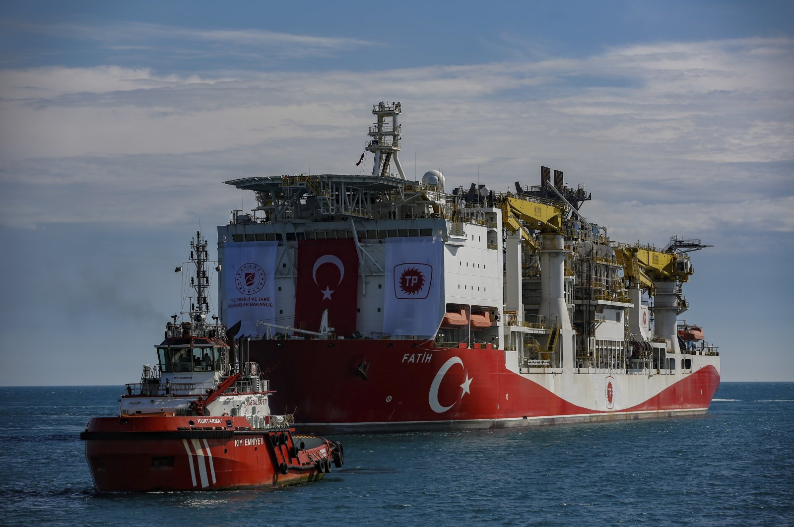 Turkey's drilling ship, the Fatih, sailing through the Bosphorus toward the Black Sea on May 29, 2020, Istanbul (AP Photo)