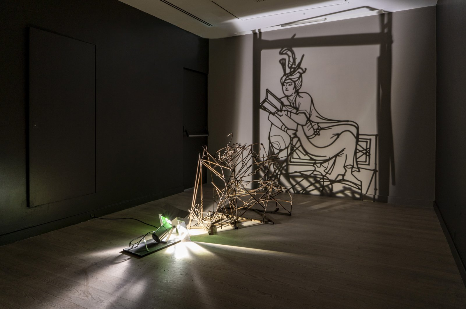 "Rashad Alakbarov, ""Miniature (Prince reading a book),"" 2013, iron installation, 110 by 110 by 110 centimeters. (PHOTO COURTESY OF PERA MUSEUM)"