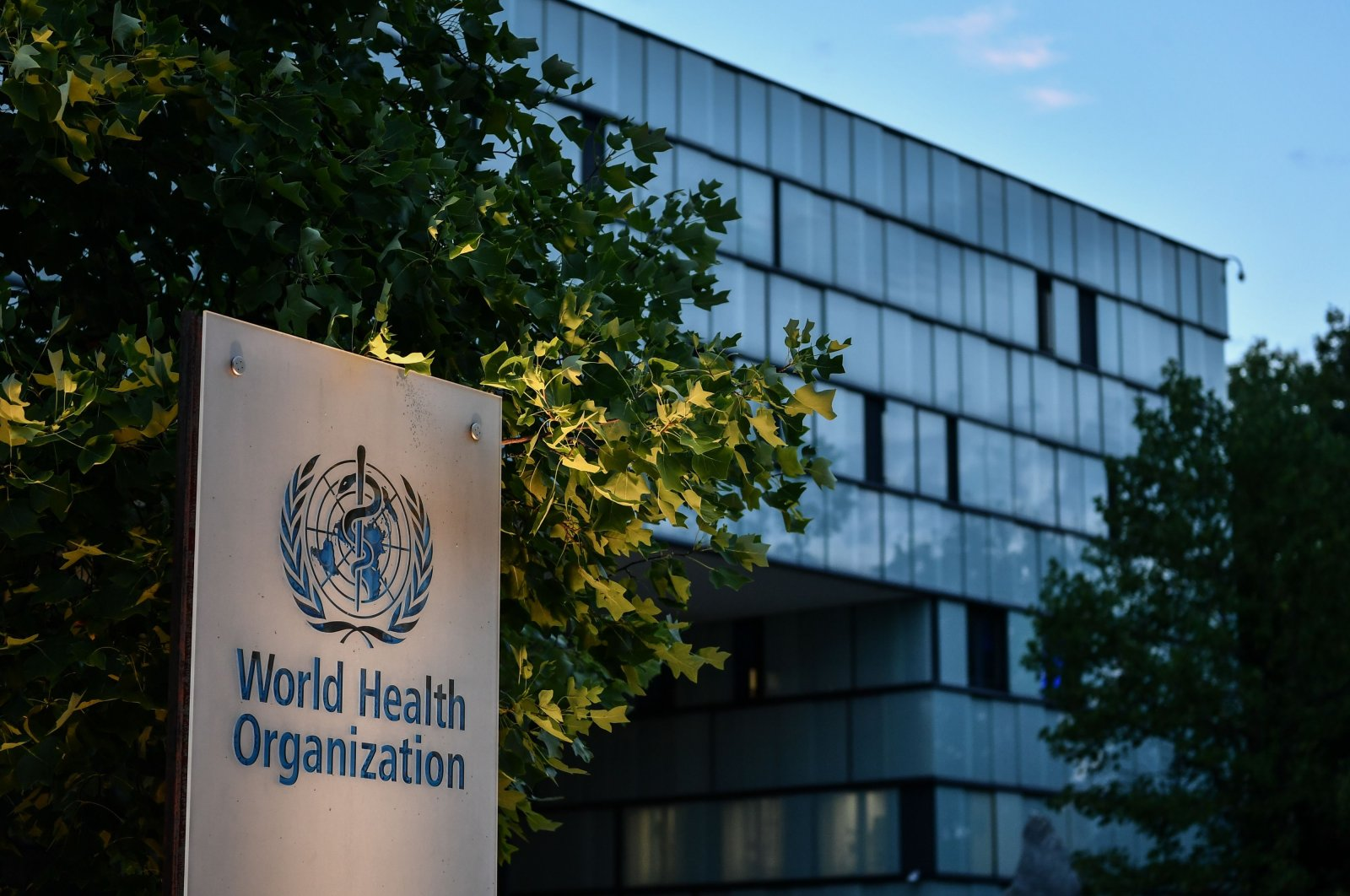 The sign for the World Health Organization (WHO) in front of its headquarters in Geneva, Aug. 17, 2020. (AFP Photo)