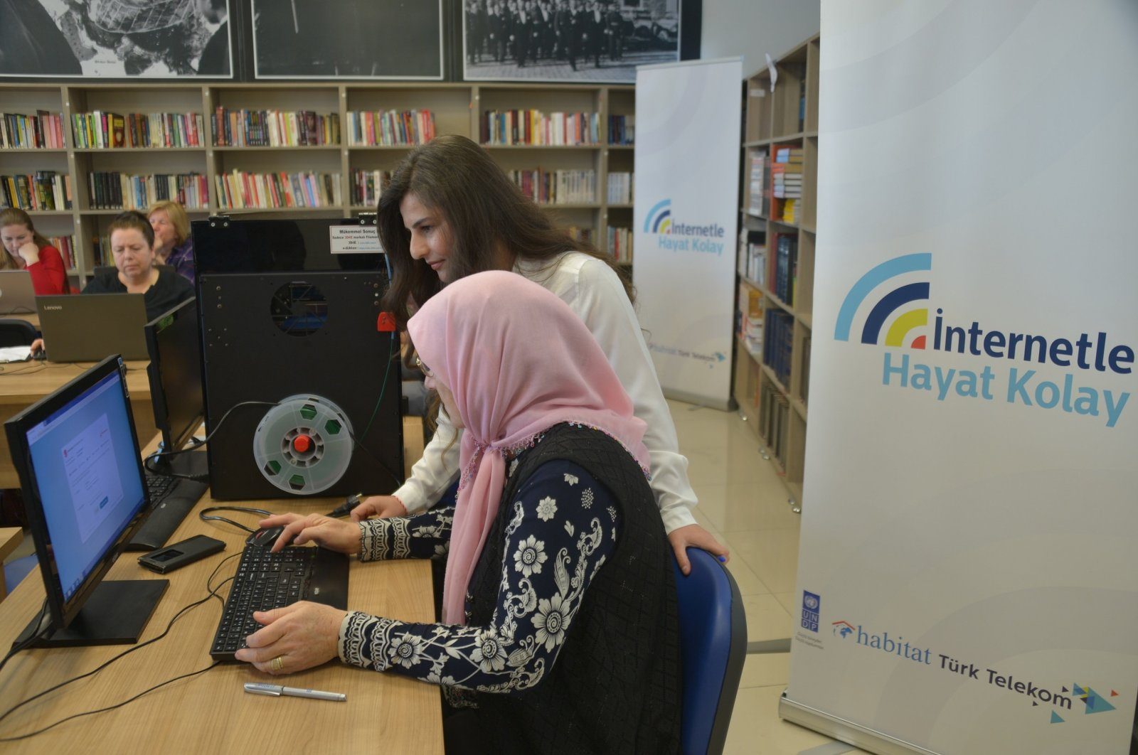 A woman attends a computer class in Kırklareli, northwestern Turkey on March 17, 2019. (Photo by Özgür Tiran)