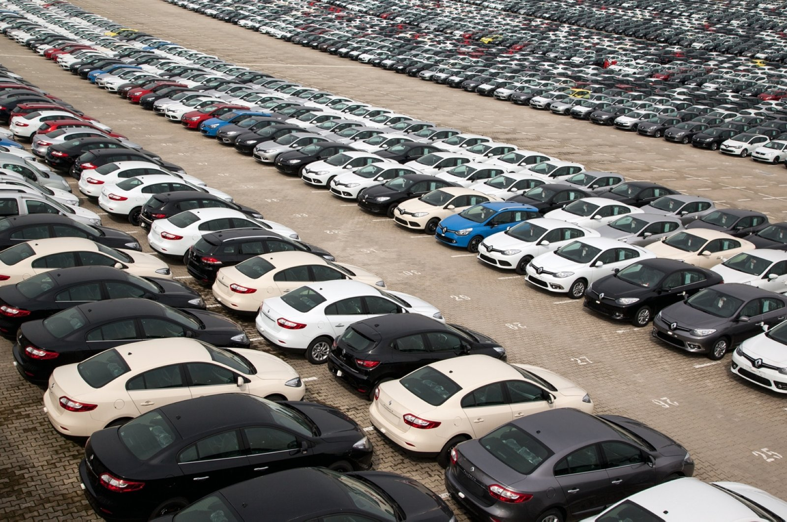 A wide range of vehicles from Renault wait at the Renault Plant, Bursa province, northwestern Turkey, March 3, 2013. (iStock Photo)