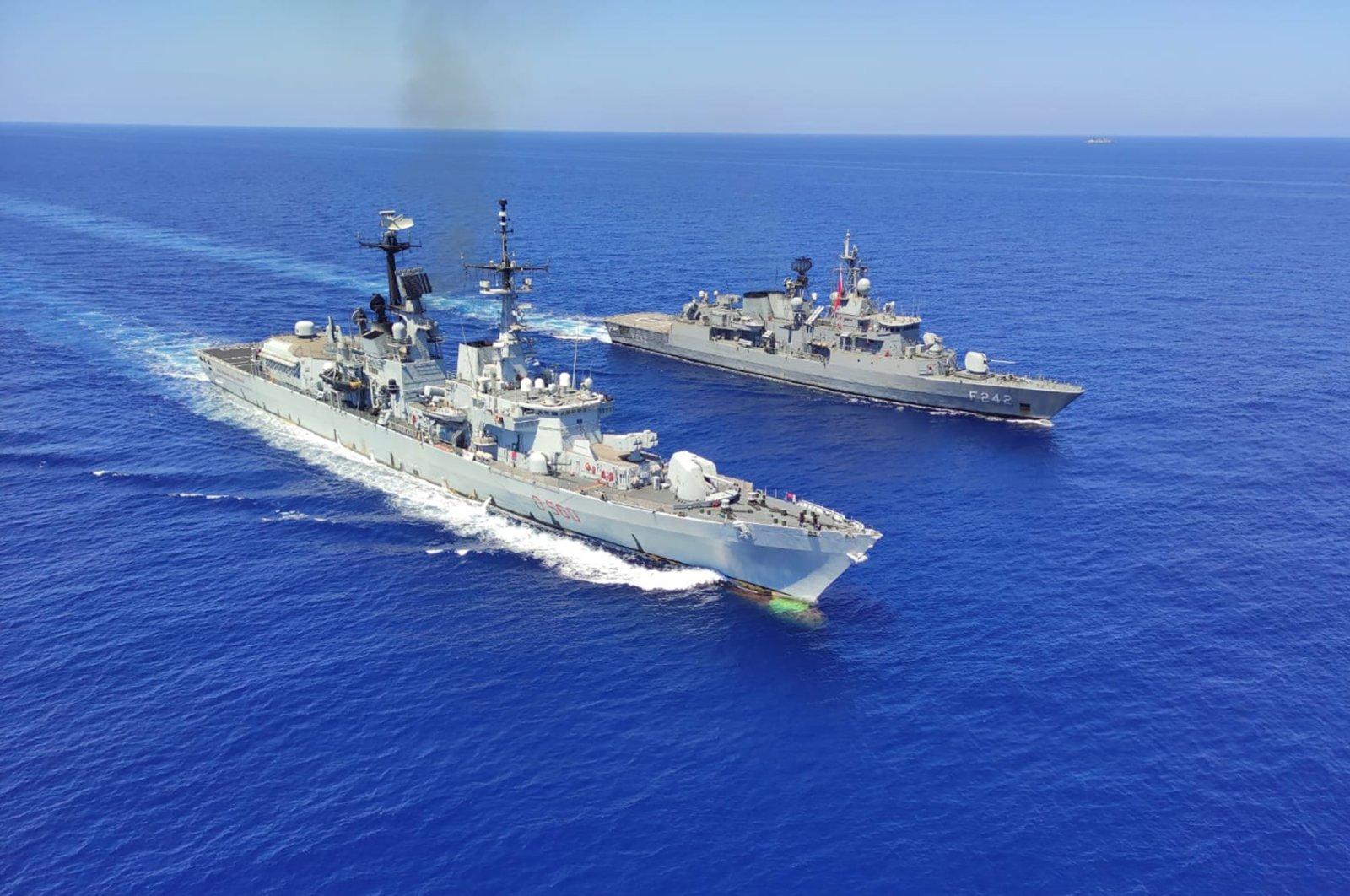 Italian destroyer ITS Durand De La Penne, left, along with Turkish frigates TCG Göksu and TCG Fatih conduct maritime trainings in the Eastern Mediterranean, Aug. 25, 2020. (AP Photo)
