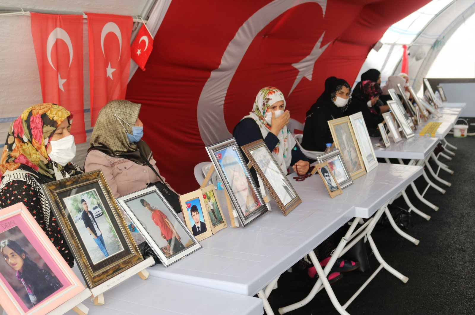Kurdish mothers have been staging a sit-in protest in front of the pro-PKK Peoples' Democratic Party (HDP) headquarters in southeastern Diyarbakır province since Sept. 3, 2019. (IHA)