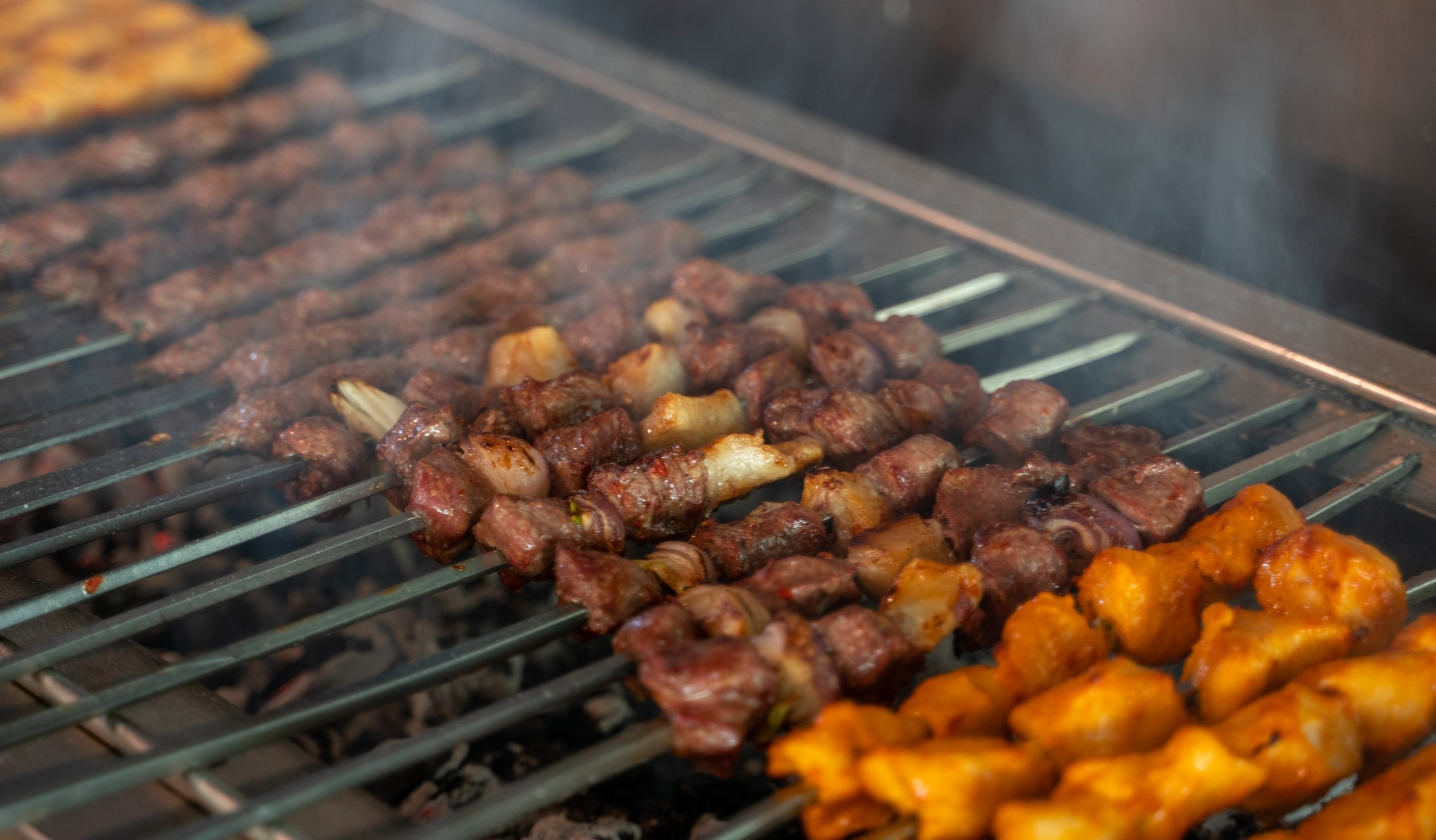 Şaşlık kebab is a dish of skewered and grilled cubes of meat. (iStock Photo)