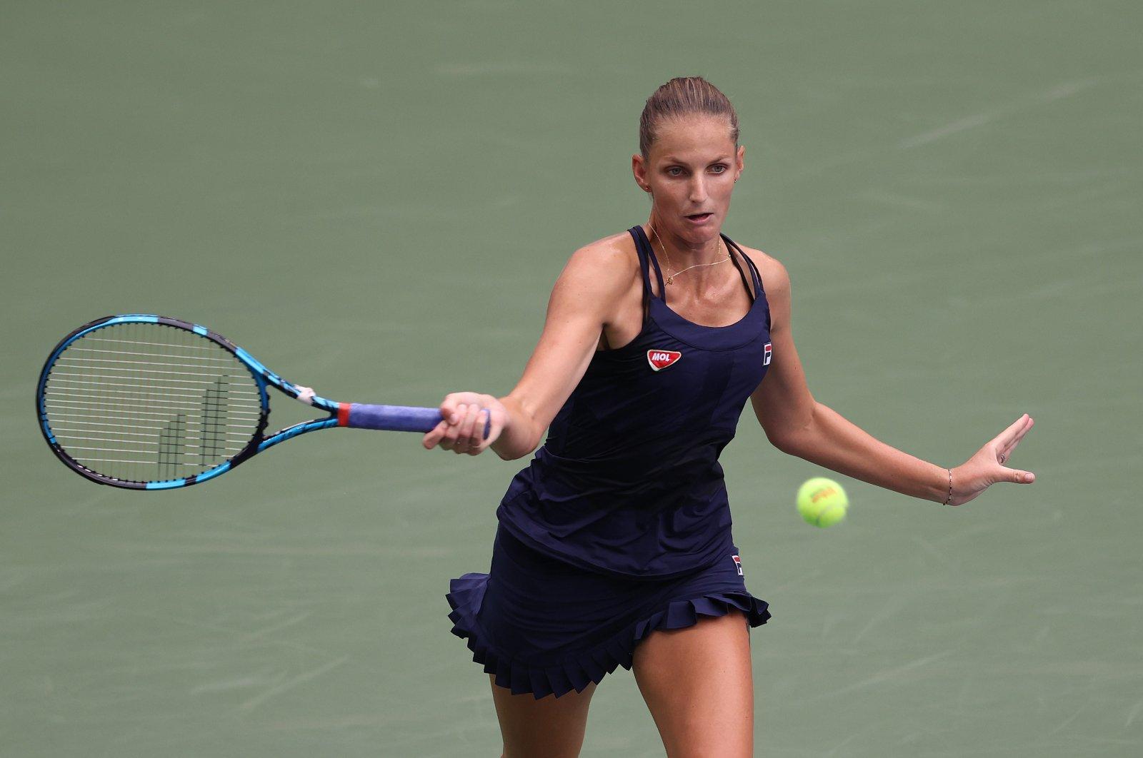 Karolina Pliskova returns the ball to Caroline Garcia during the second-round match of U.S. Open tennis tournament in New York, U.S., Sept. 2, 2020. (AFP Photo)