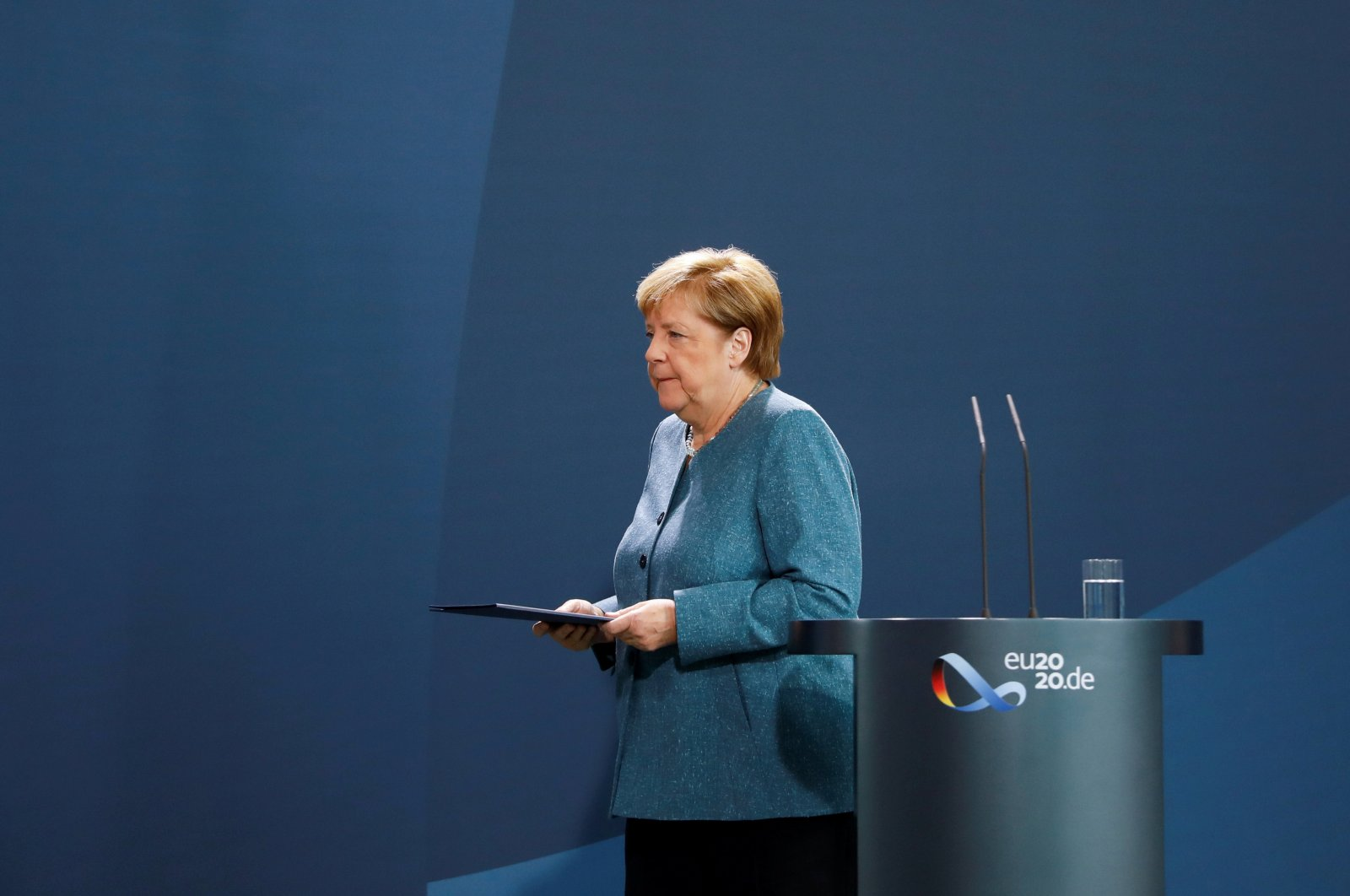 German Chancellor Angela Merkel leaves after a statement about the latest developments in the case of Russian opposition leader Alexei Navalny at the chancellery, Berlin, Sept. 2, 2020. (REUTERS Photo)