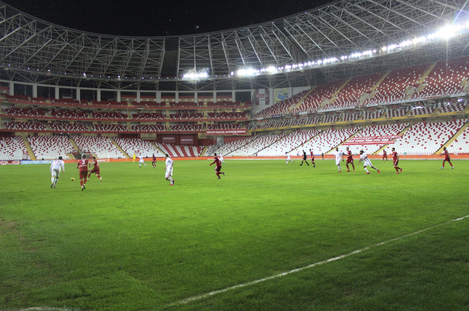 Matches in 1st half of Turkish Süper Lig to be played behind closed doors