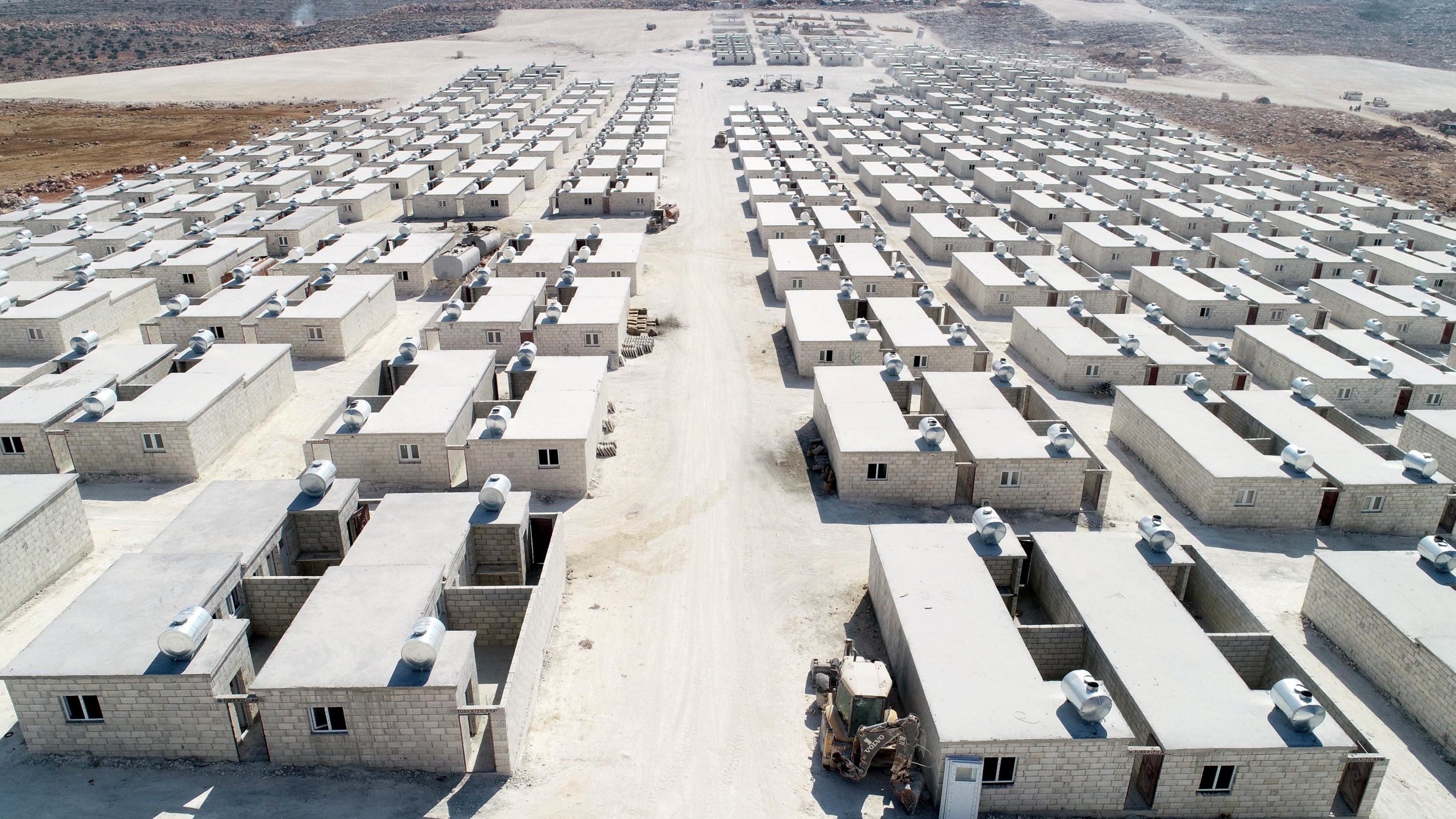The construction of briquette houses for Idlib refugees nearly completed, Sept.3, 2020. (DHA)