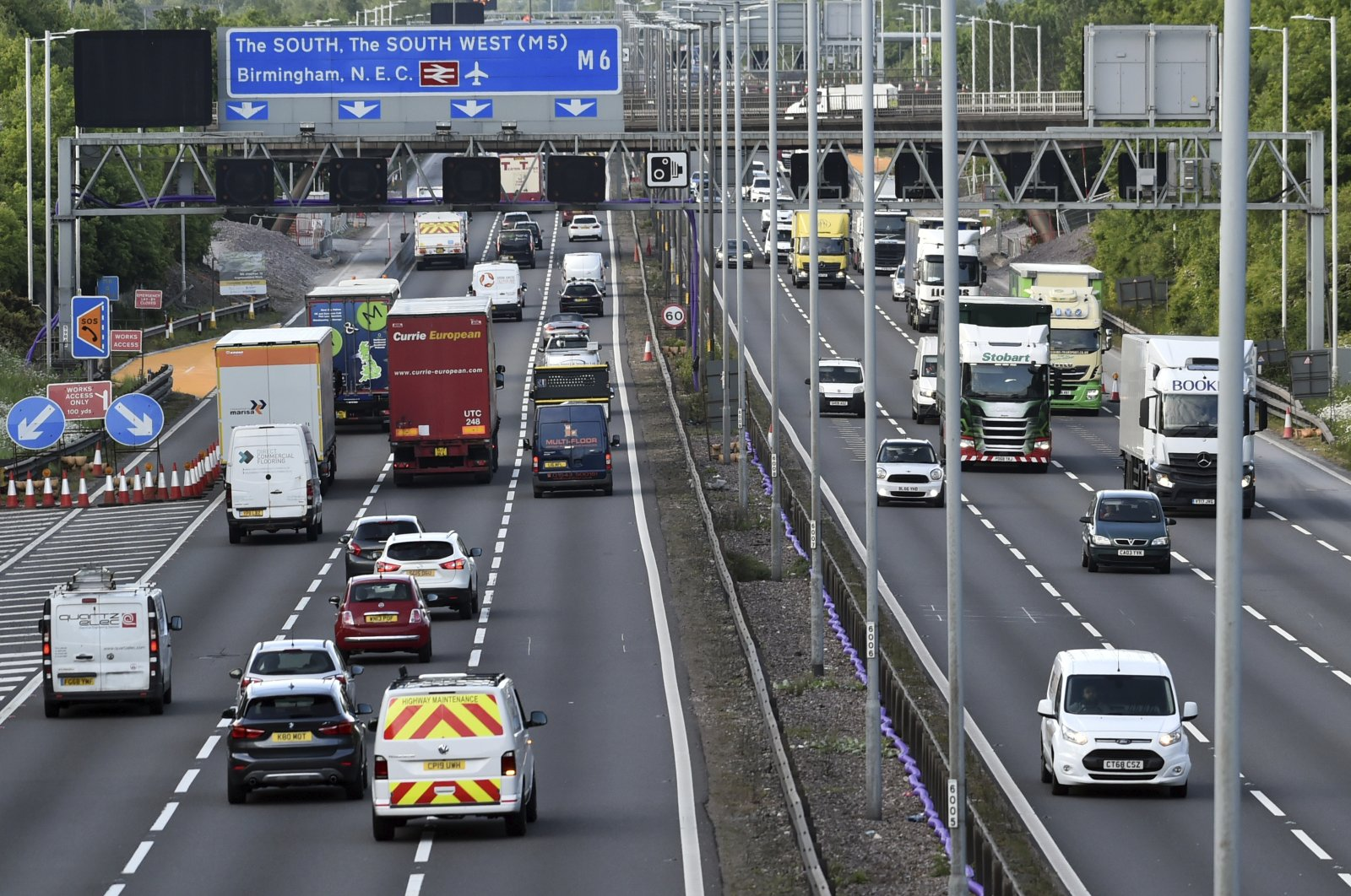 Traffic moves along the M6 motorway near Birmingham, May 18, 2020. (AP Photo)