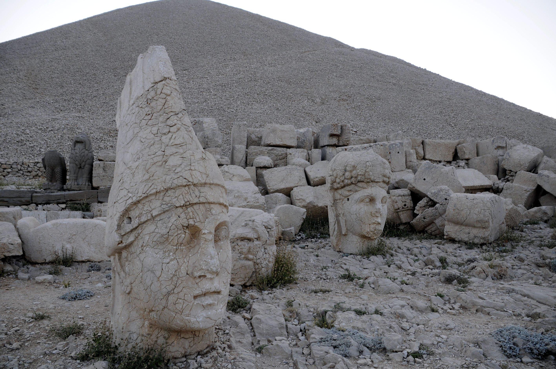 With giant seated limestone statues, Mount Nemrut in Turkey's southeastern Adıyaman province is on the list of UNESCO World Heritage Sites. (AA PHOTO)