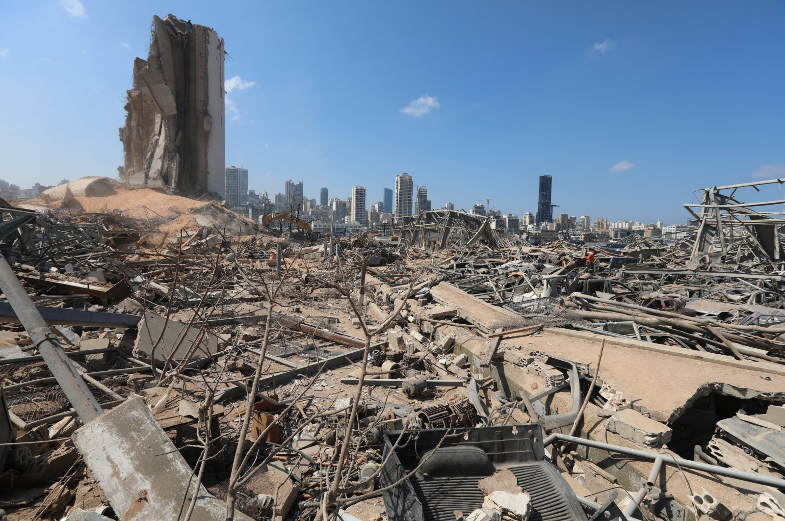Rubble is seen at the site of Tuesday's blast, at Beirut's port area, Lebanon, August 7, 2020. (Reuters Photo)