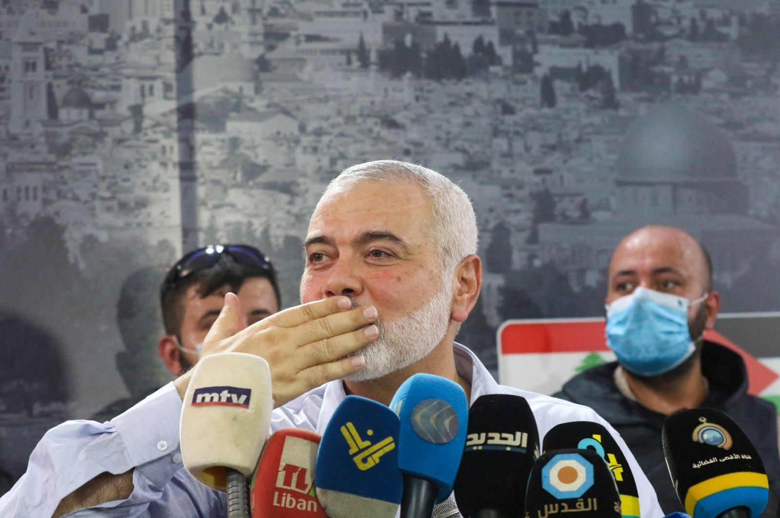 Hamas' political bureau chief Ismail Haniya gestures to supporters, Sidon, Sept. 6, 2020. (AFP Photo)