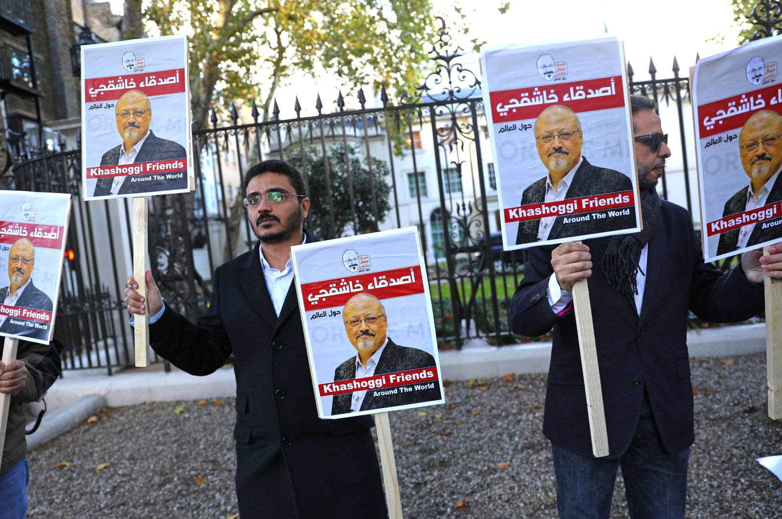 People protest against the killing of journalist Jamal Khashoggi outside the Saudi Arabian Embassy in London, Britain, Oct. 26, 2018. (Reuters Photo)