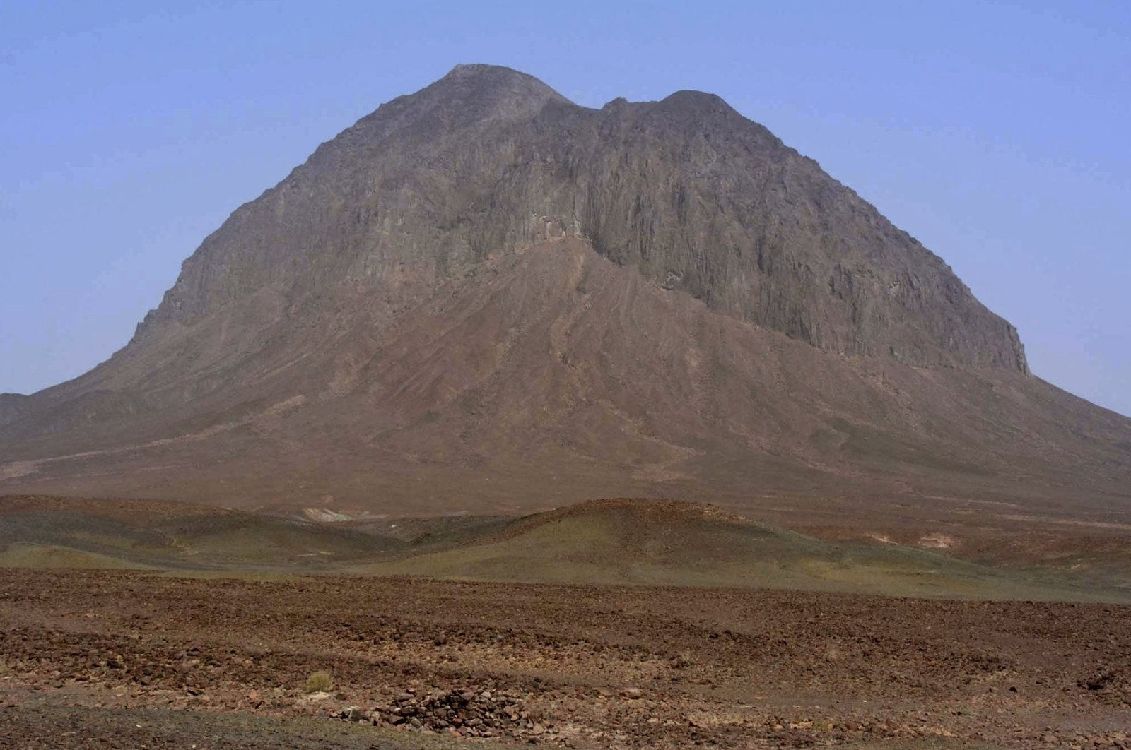 This file photo shows a hill near the gold and copper mine site, in the Reko Diq district in southwestern Pakistan's Baluchistan province, March 18, 2017. (AP Photo)