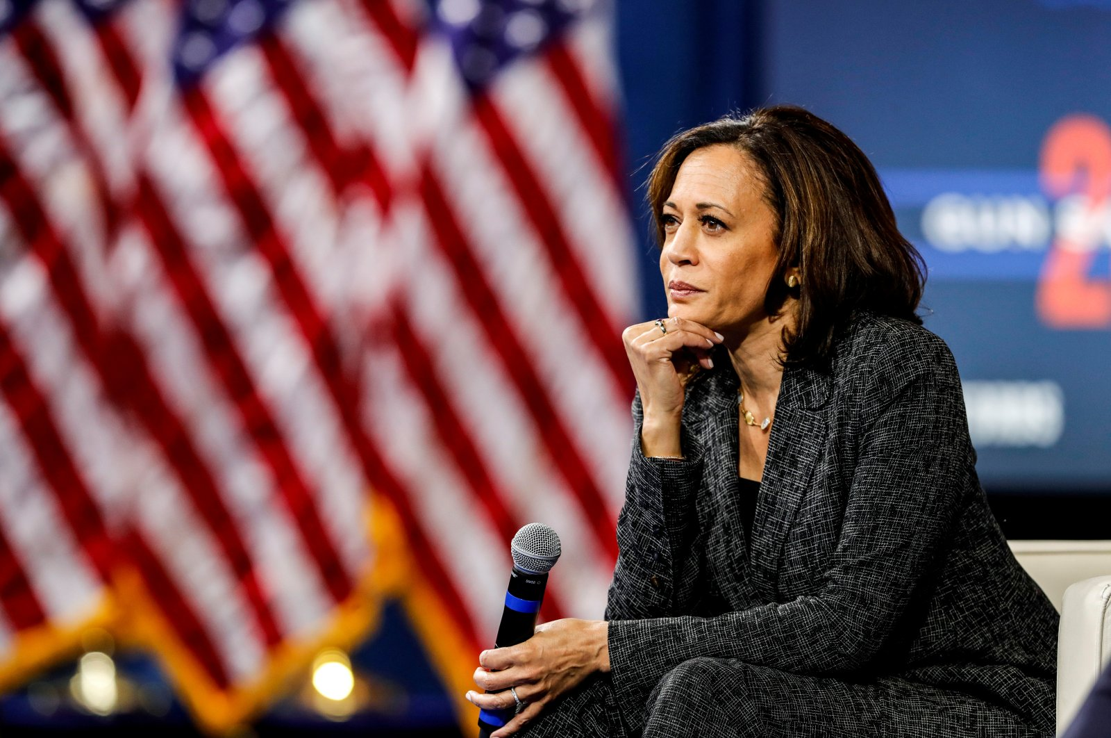 U.S. Democratic presidential candidate Sen. Kamala Harris listens to a question from the audience during a forum in Las Vegas, Nevada, U.S., Oct. 2, 2019. (Reuters Photo)